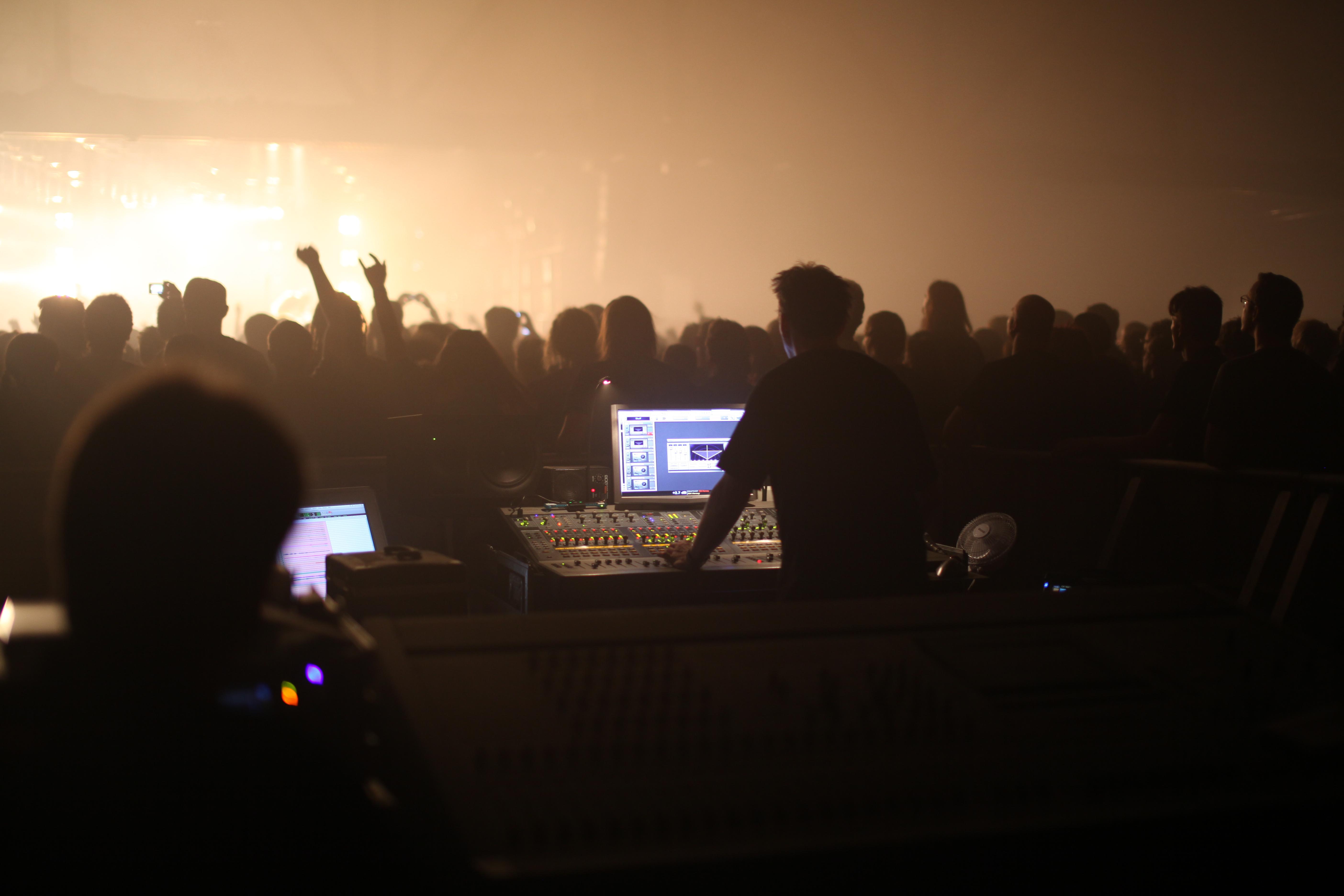 Audio mixing - Wikipedia