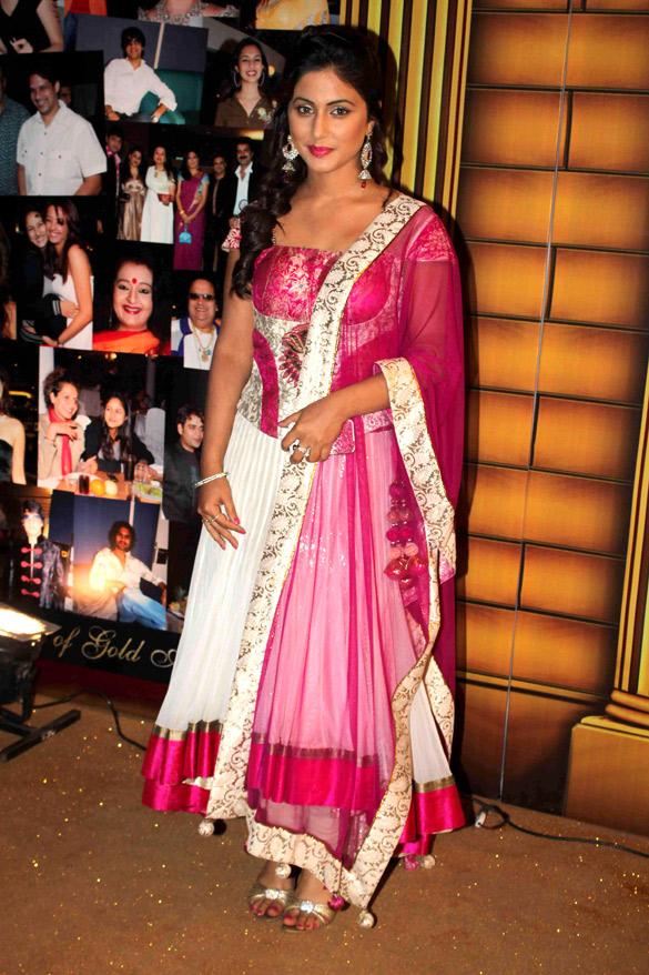 File Hina Khan At 5th Boroplus Gold Awards 2012 Jpg Wikimedia Commons
