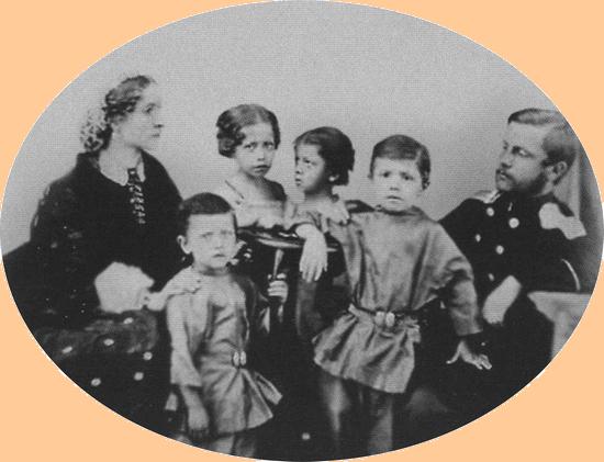 Семейство Врубелей в 1863 году. Слева— Елизавета Христиановна Вессель-Врубель