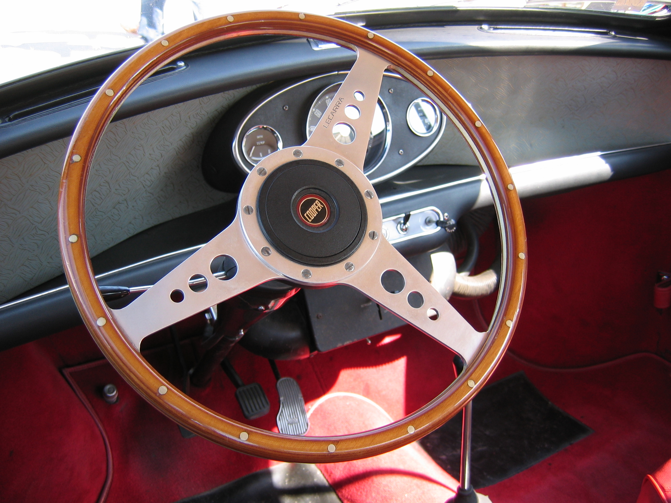 fileinterieur mini morris cooper 60jpg