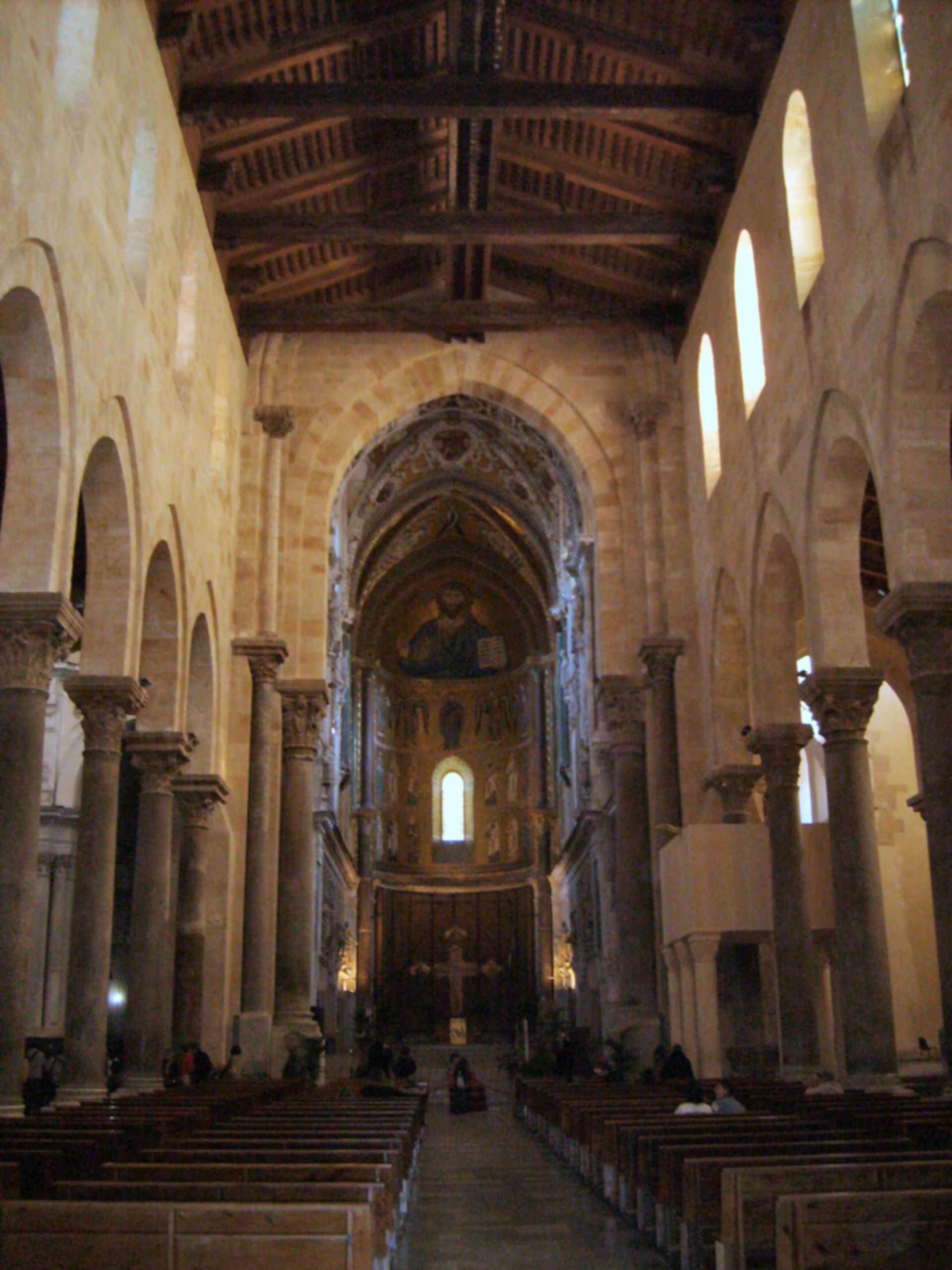 How the africans brought plumbing to sicily the cefal for Travi del soffitto della cattedrale