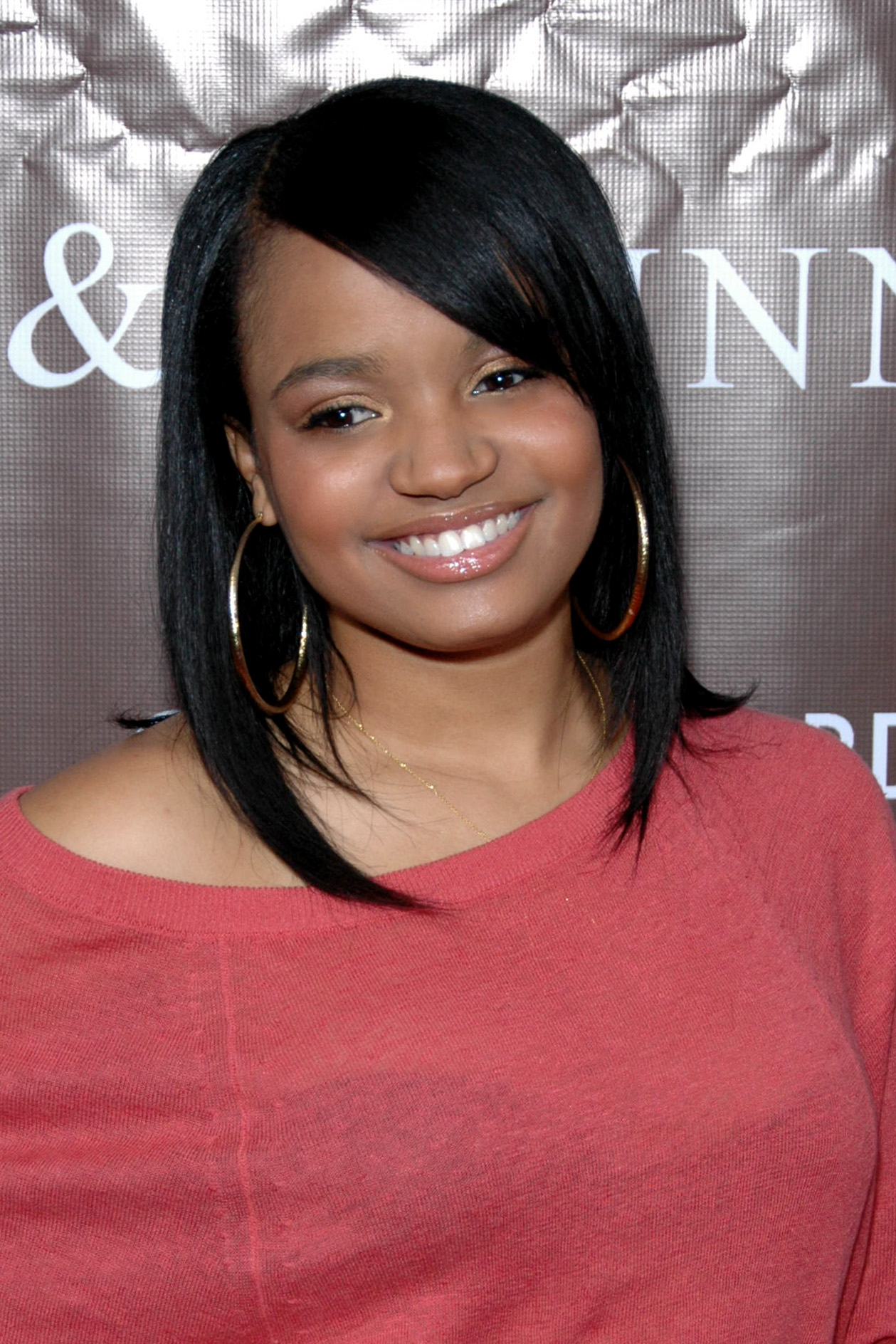 The 31-year old daughter of father Johnny McCullar and mother Kecia Pratt-McCullar Kyla Pratt in 2018 photo. Kyla Pratt earned a  million dollar salary - leaving the net worth at 3 million in 2018