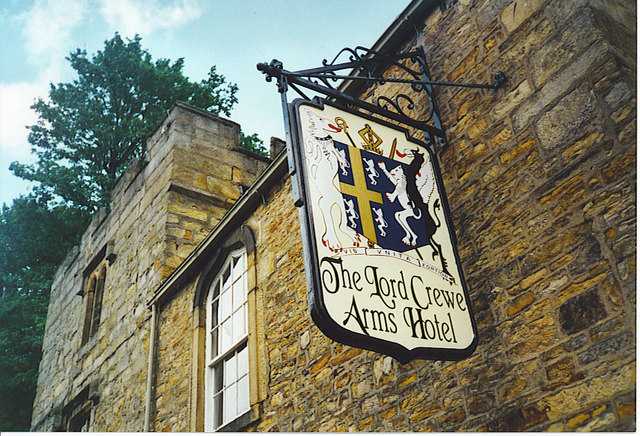 The Lord Crewe Arms Hotel - Wikipedia