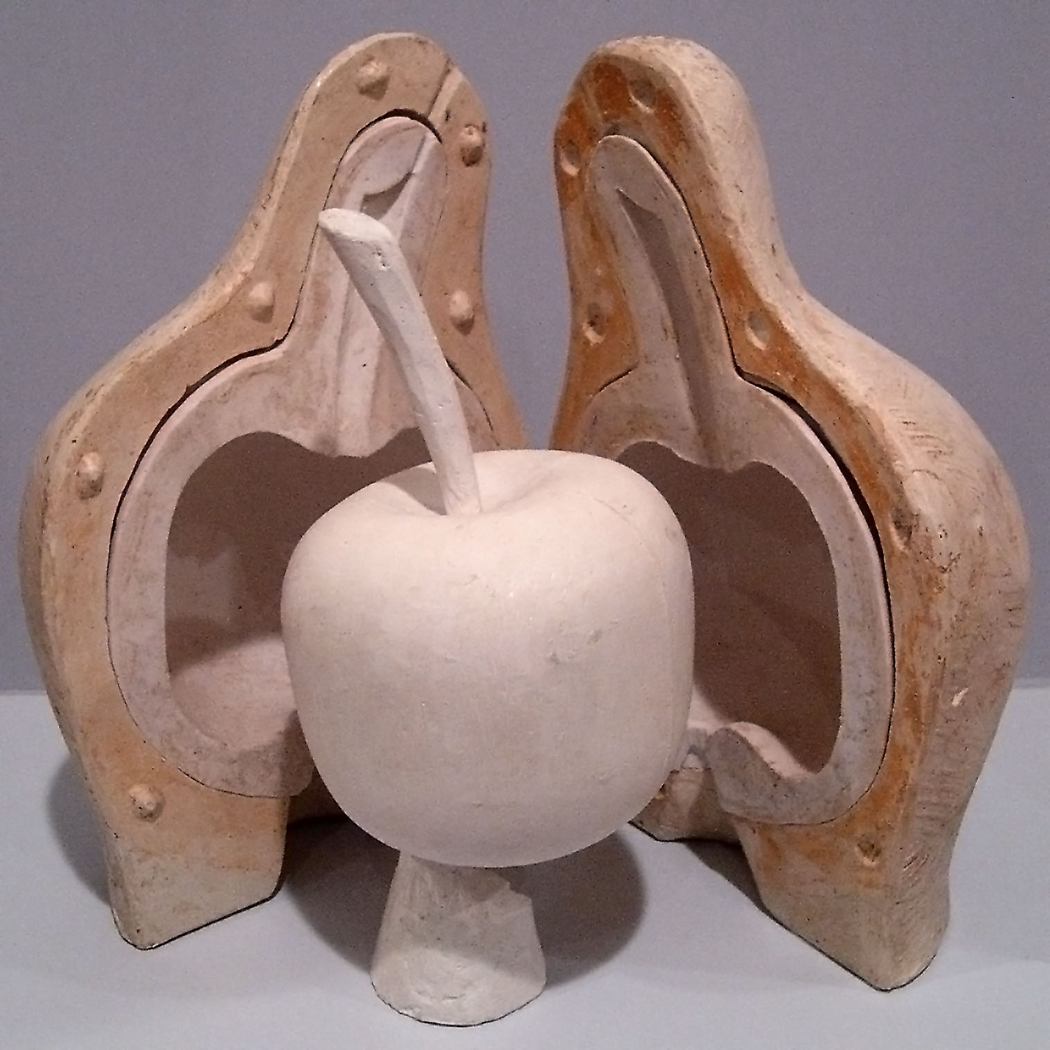 external image Lost_Wax-Model_of_apple_in_plaster.jpg