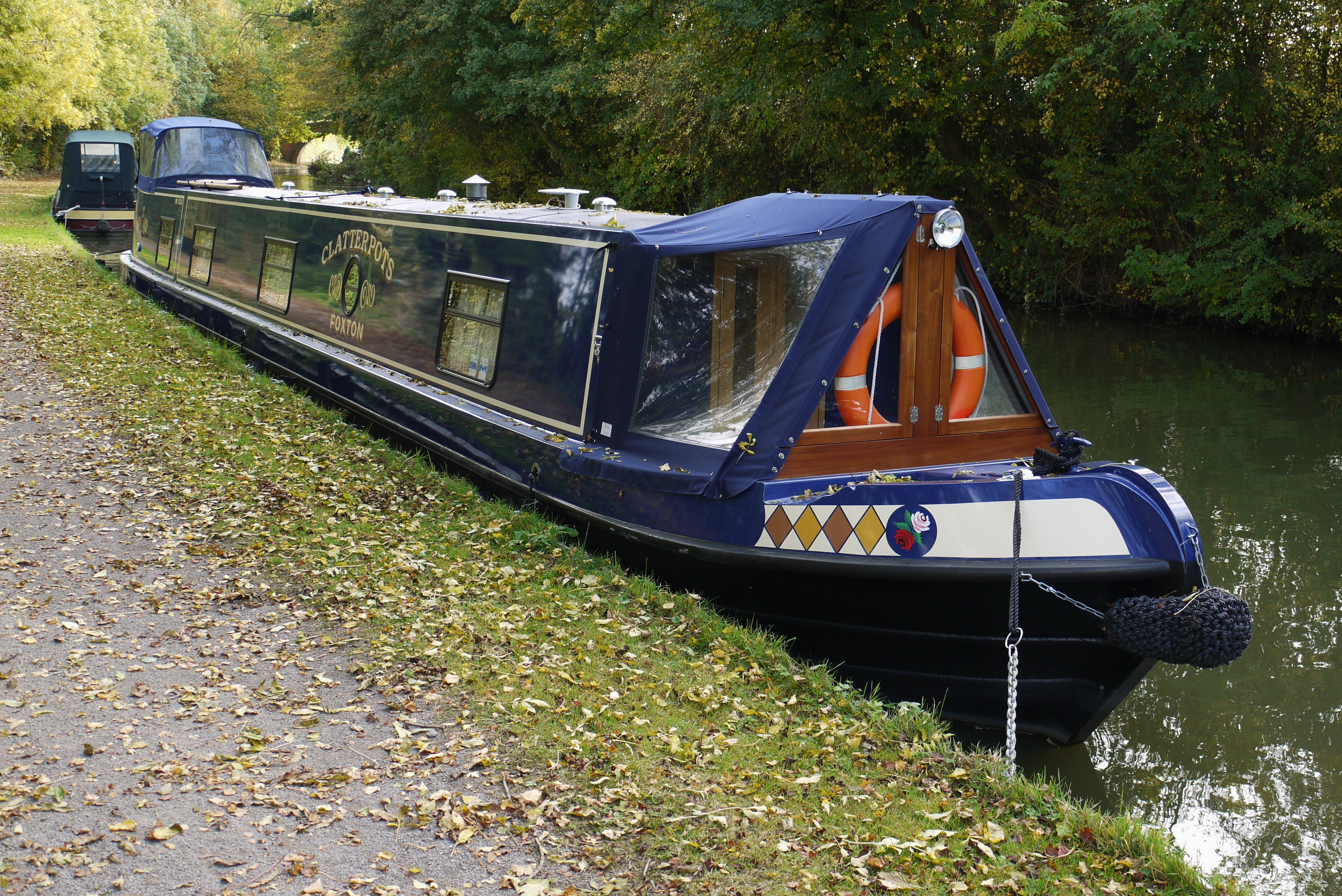Canal Boats With King Size Beds