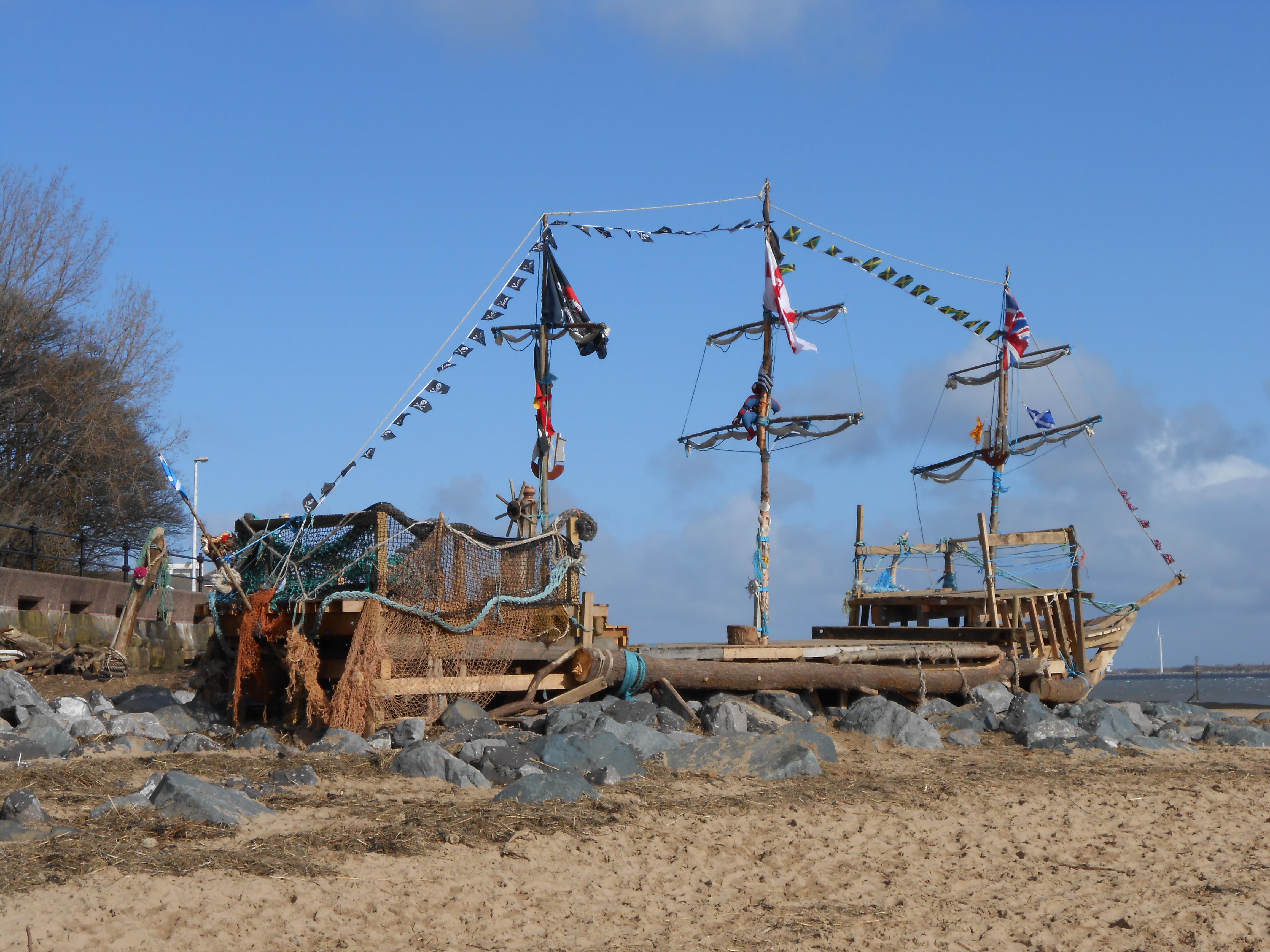 File New Brighton Pirate Ship 1 Jpg