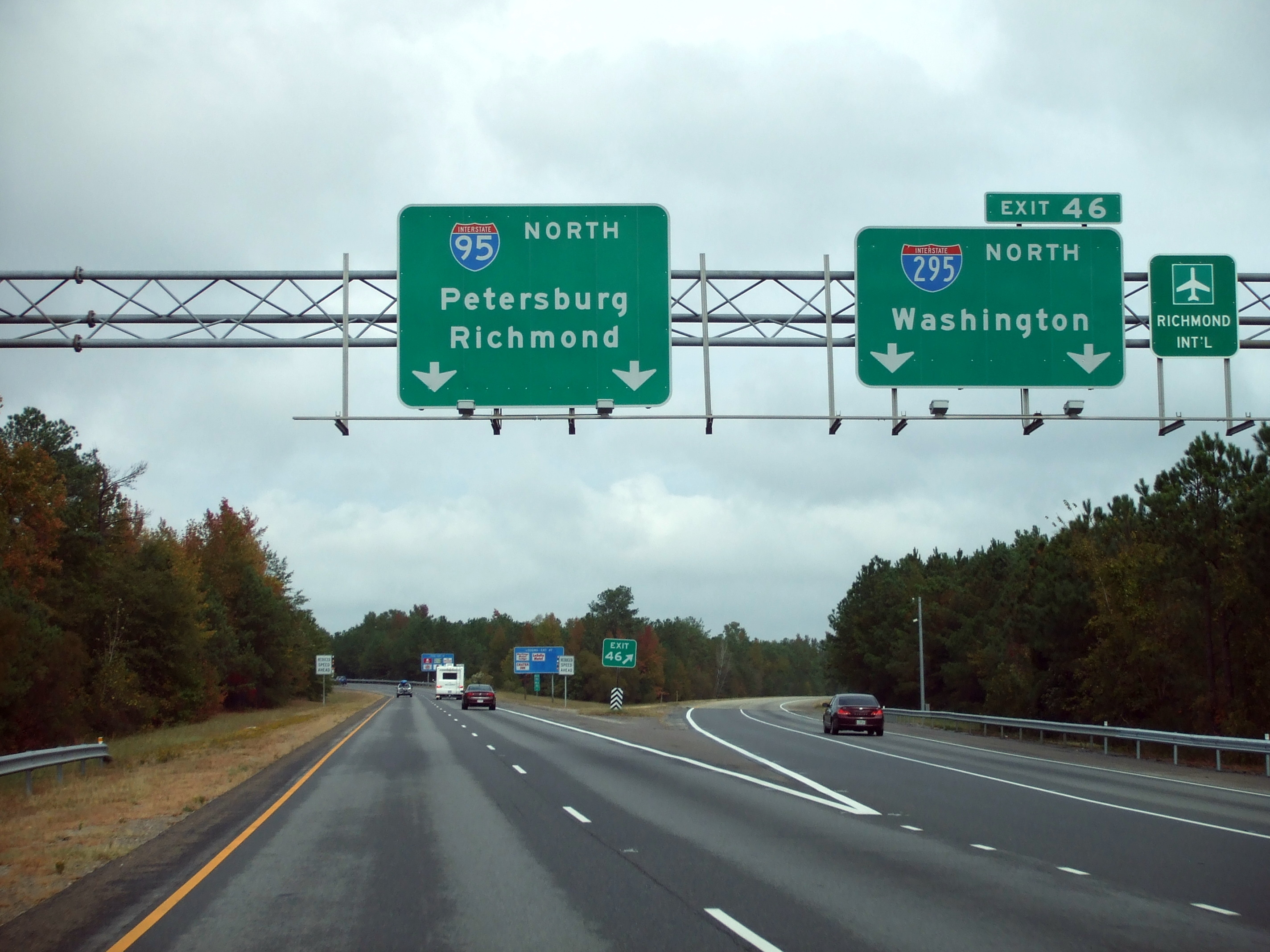 File:Northbound I-95 at exit 46; I-295.jpg