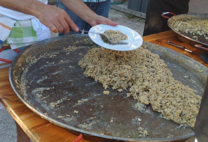 Omelette aux truffes géante de Lalbenque