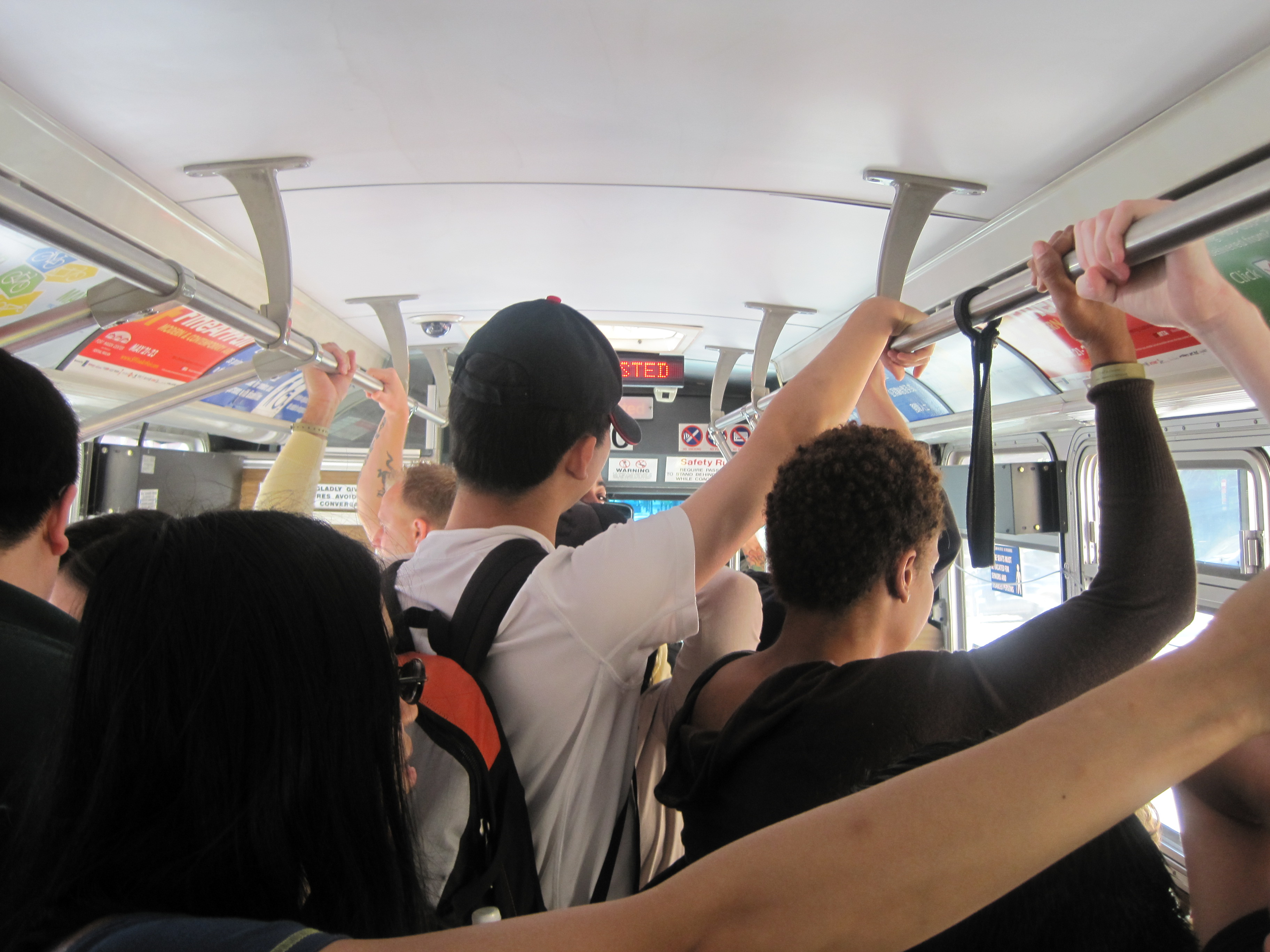תוצאת תמונה עבור CROWDED BUS