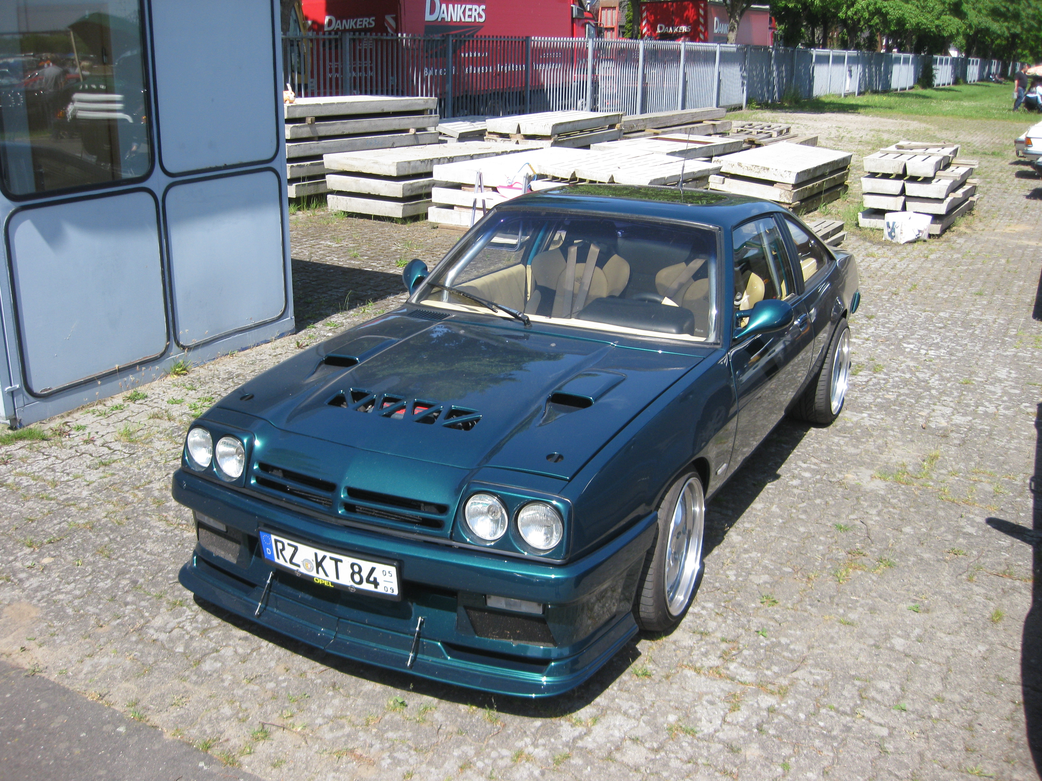 file opel manta b tuning jpg wikimedia commons. Black Bedroom Furniture Sets. Home Design Ideas