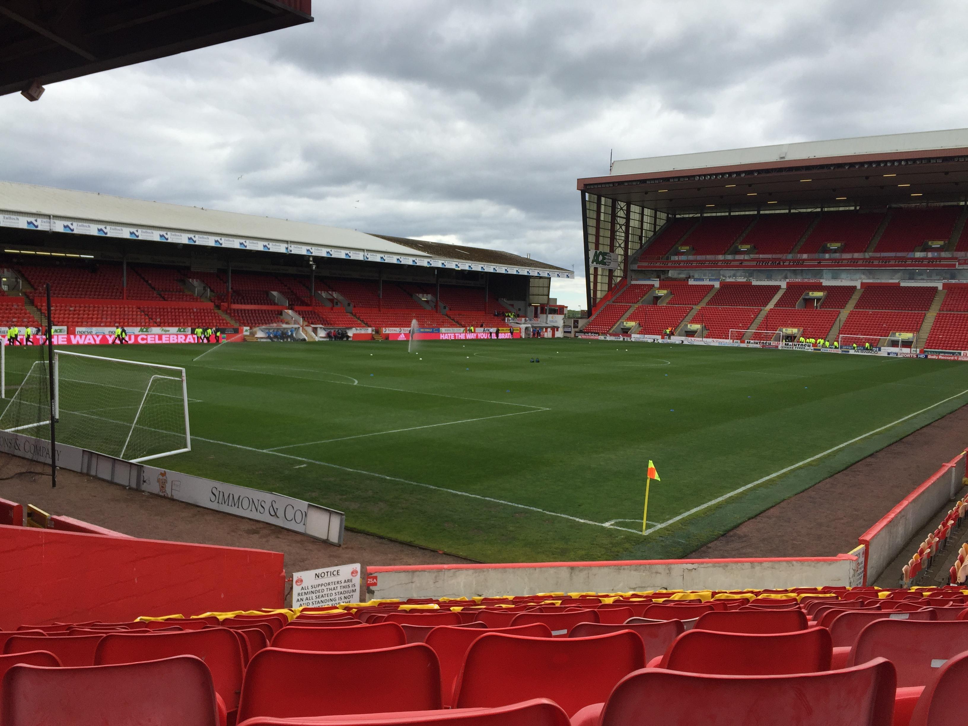 Pittodrie Stadium - Wikipedia, la enciclopedia libre