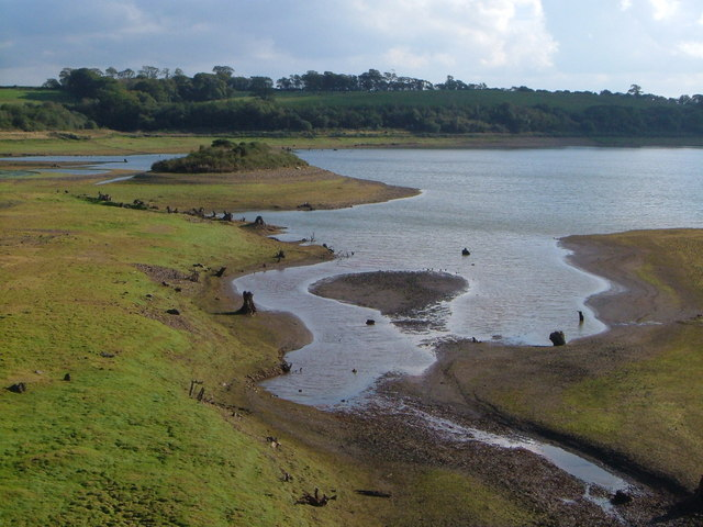 Roadford Reservoir - geograph.org.uk - 248659