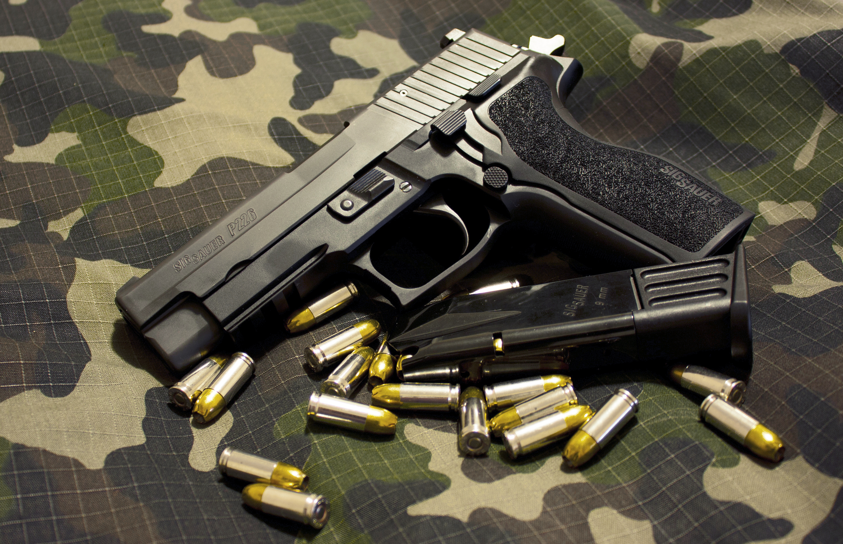 Wallpaper Pistols Sig Sauer P226 Army: FANDOM Powered By Wikia