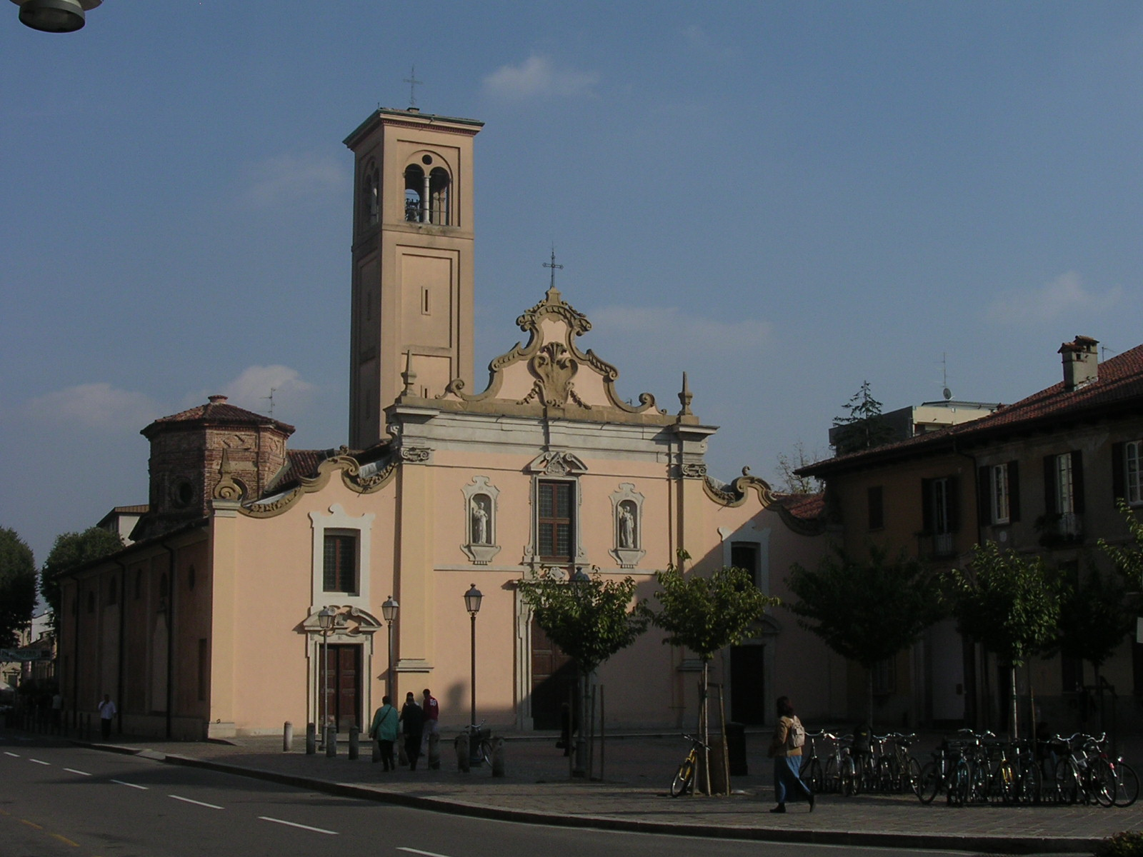 Saronno Italy  City pictures : This licensing tag was added to this file as part of the GFDL ...