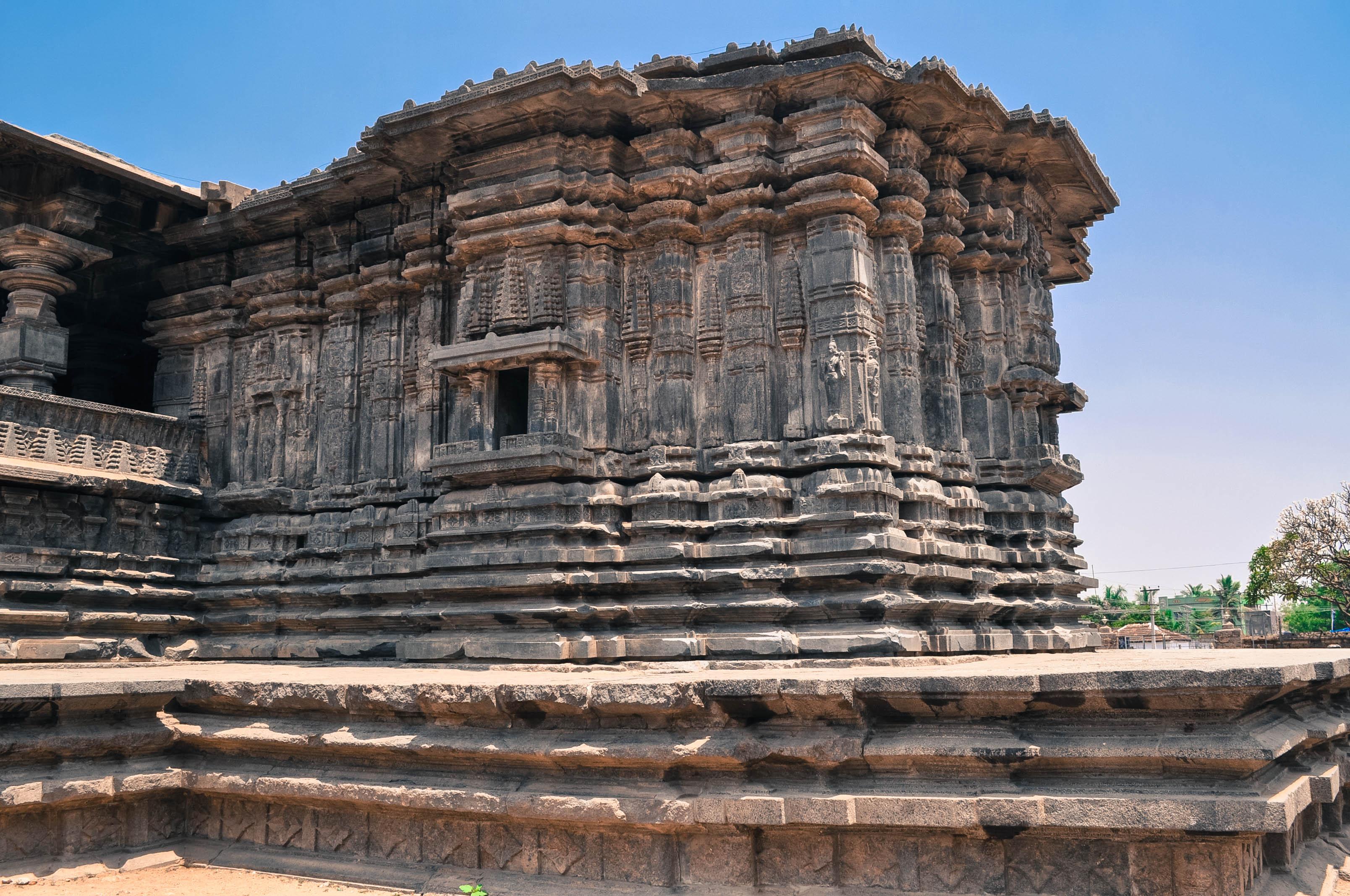 1000 Pillar Temple