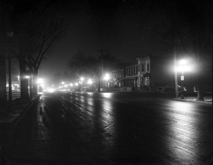 File Street Lights Jefferson Avenue At Night 2899348024