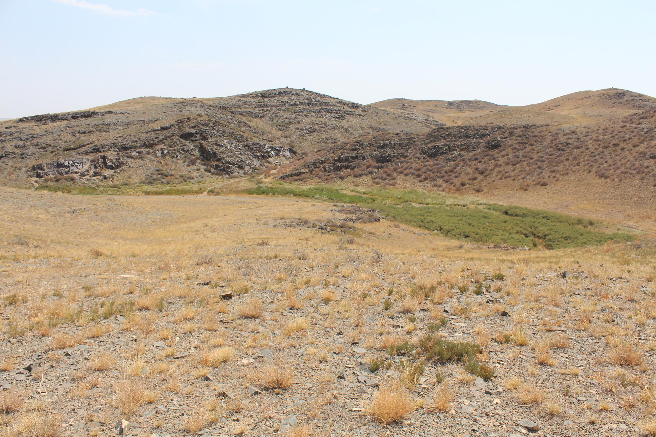 tamgaly ravine panorama.jpg