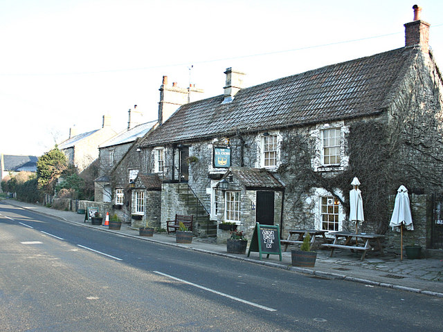 The Old Crown, Kelston - geograph.org.uk - 704833