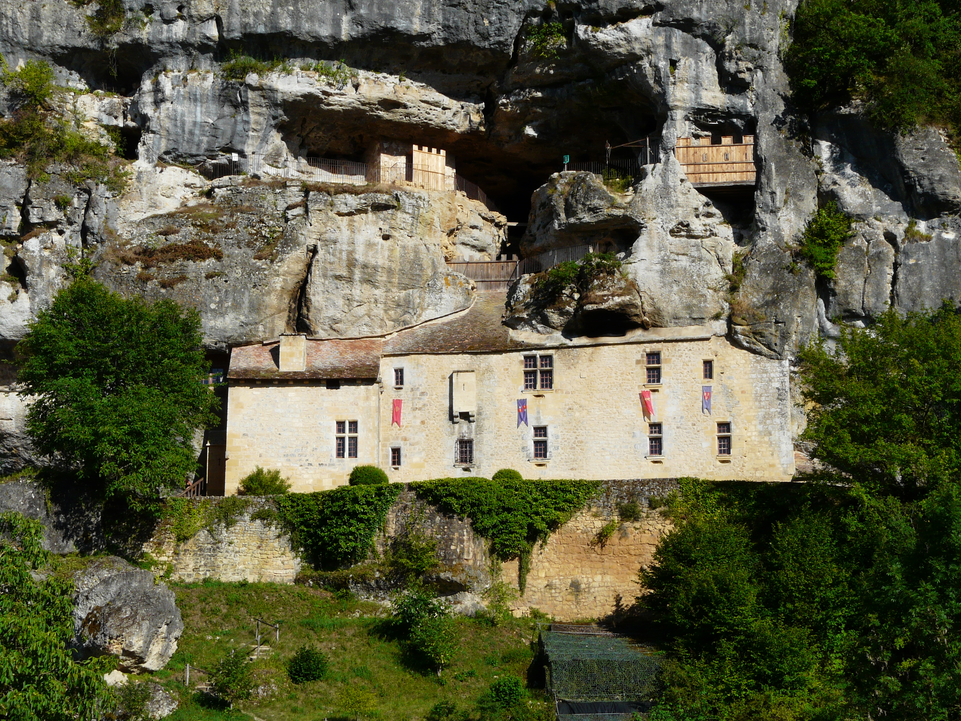 Maison forte de Reignac — Wikipédia