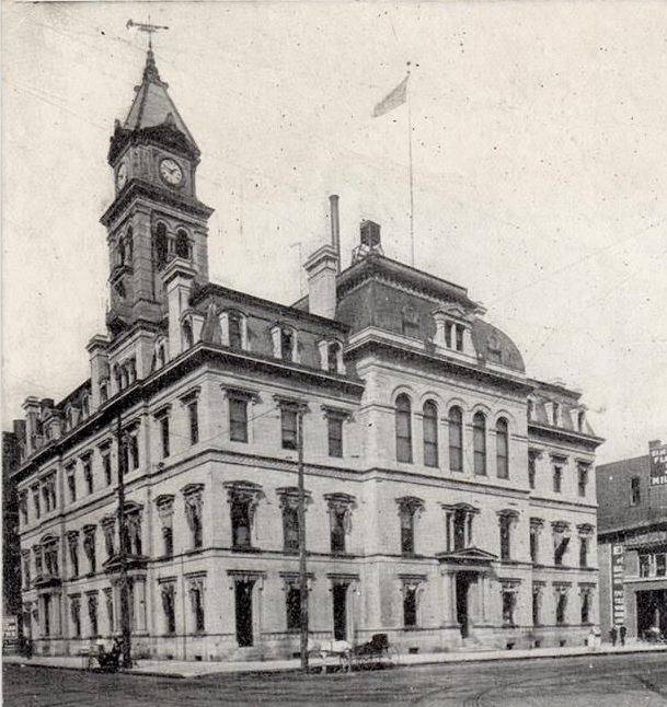 fileu s courthouse and post office des moines iowa
