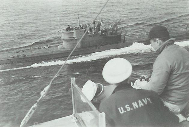 U 234 ergibt sich der USS Sutton