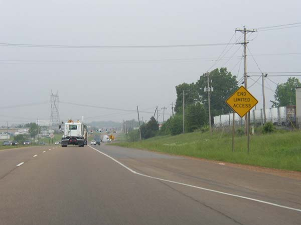 File:US 78 West at End of Freeway in Memphis.jpg