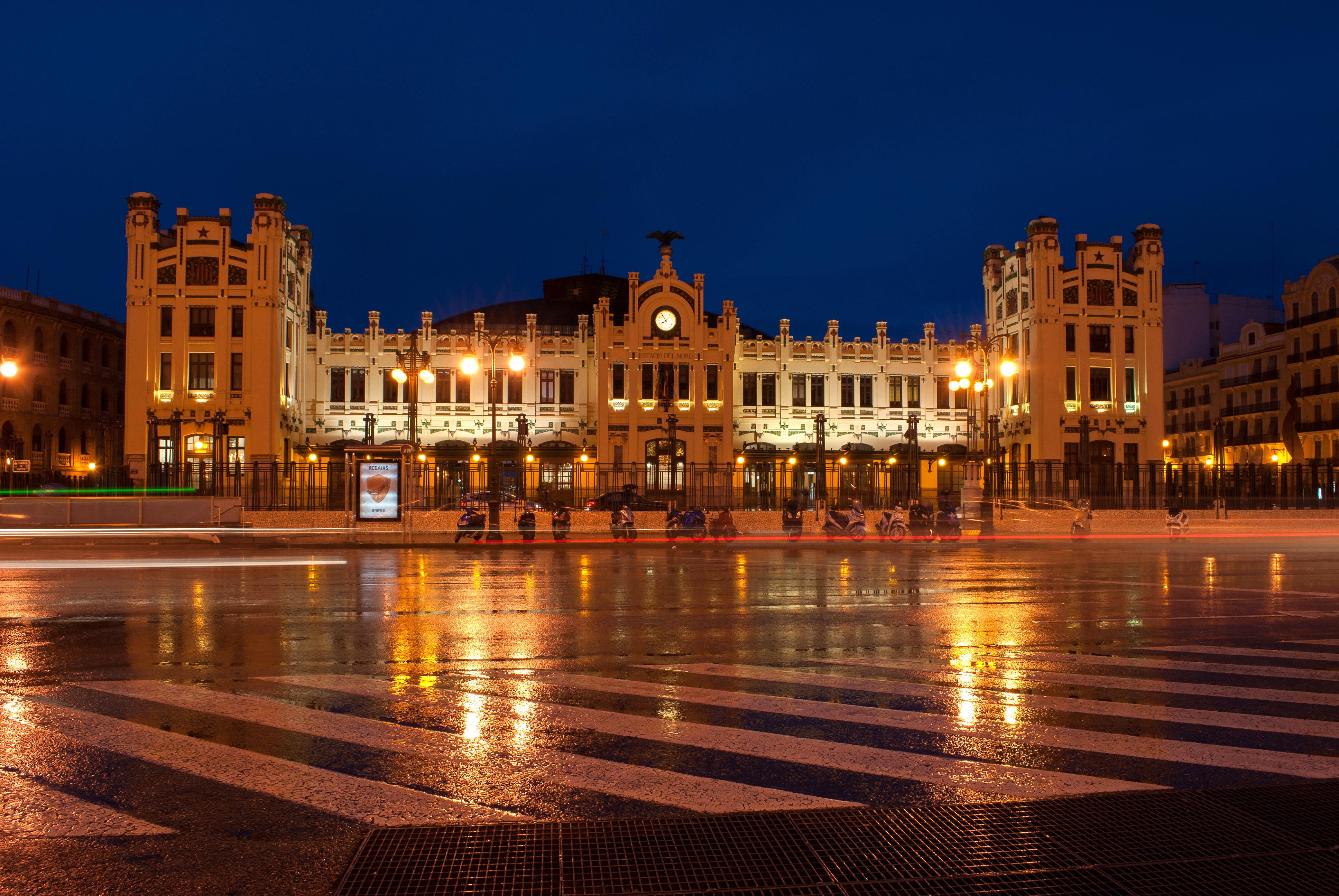 Valencia Spain City Tour Bus