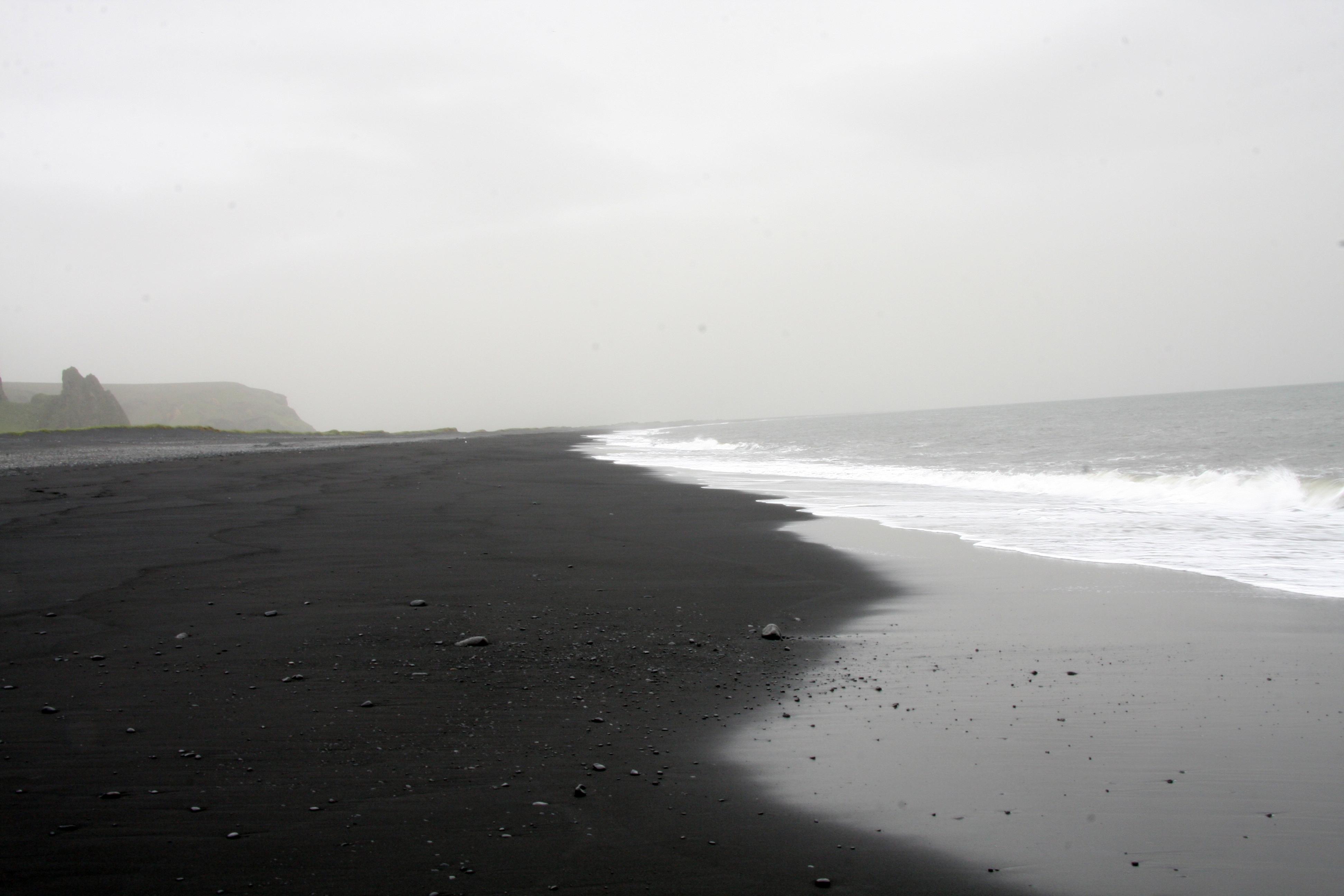 File Vik Beach Black Jpg Wikimedia Commons