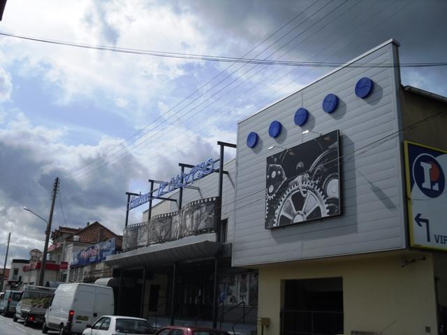 File:Viry-Chatillon Cinema Le Calypso.JPG - Wikimedia Commons