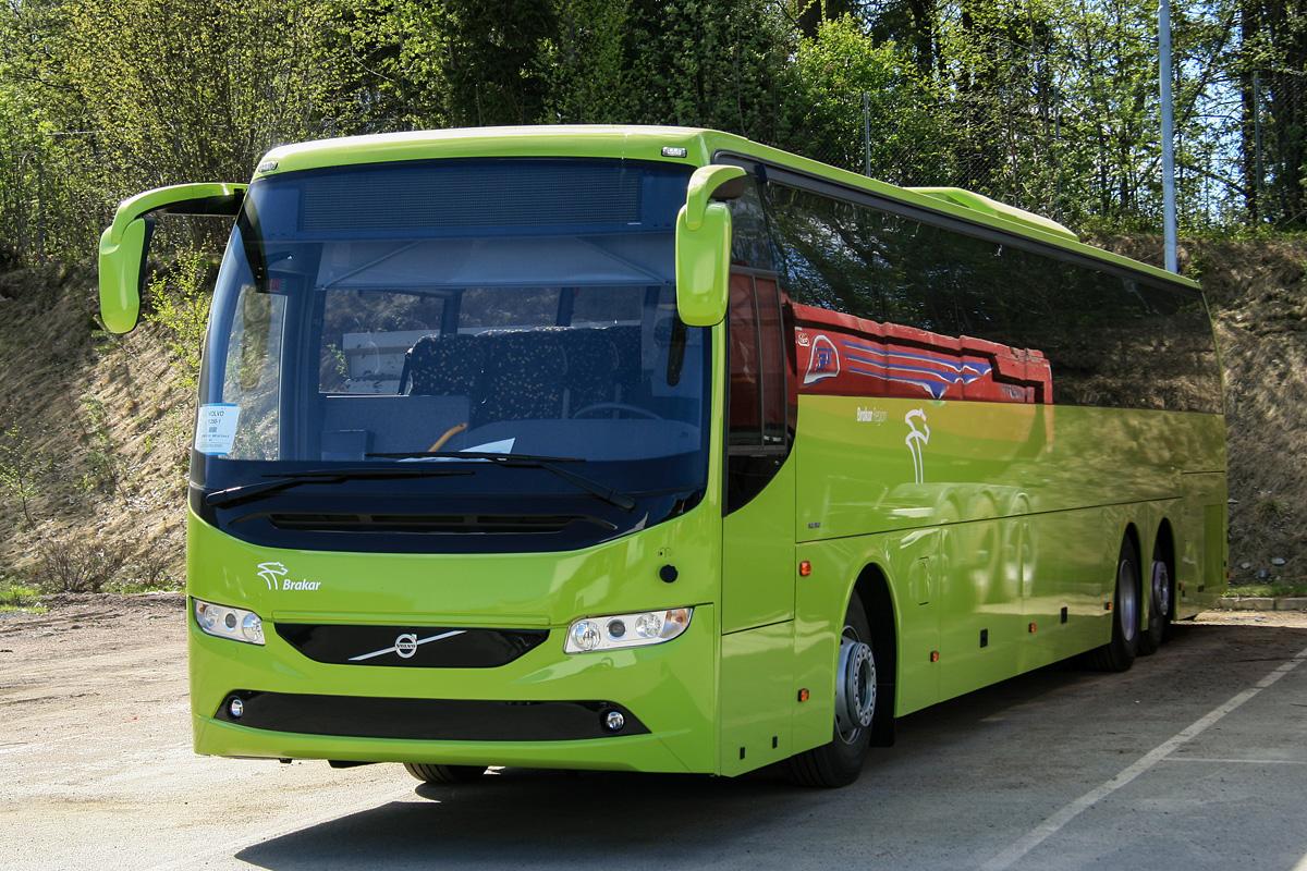 File:Volvo9700S-UG-B8R-6x2-Brakar jpg - Wikimedia Commons