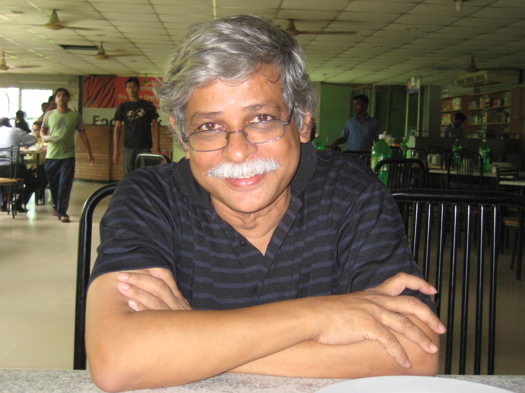 Zafar Iqbal Poet File:zafar Iqbal Sir.jpg