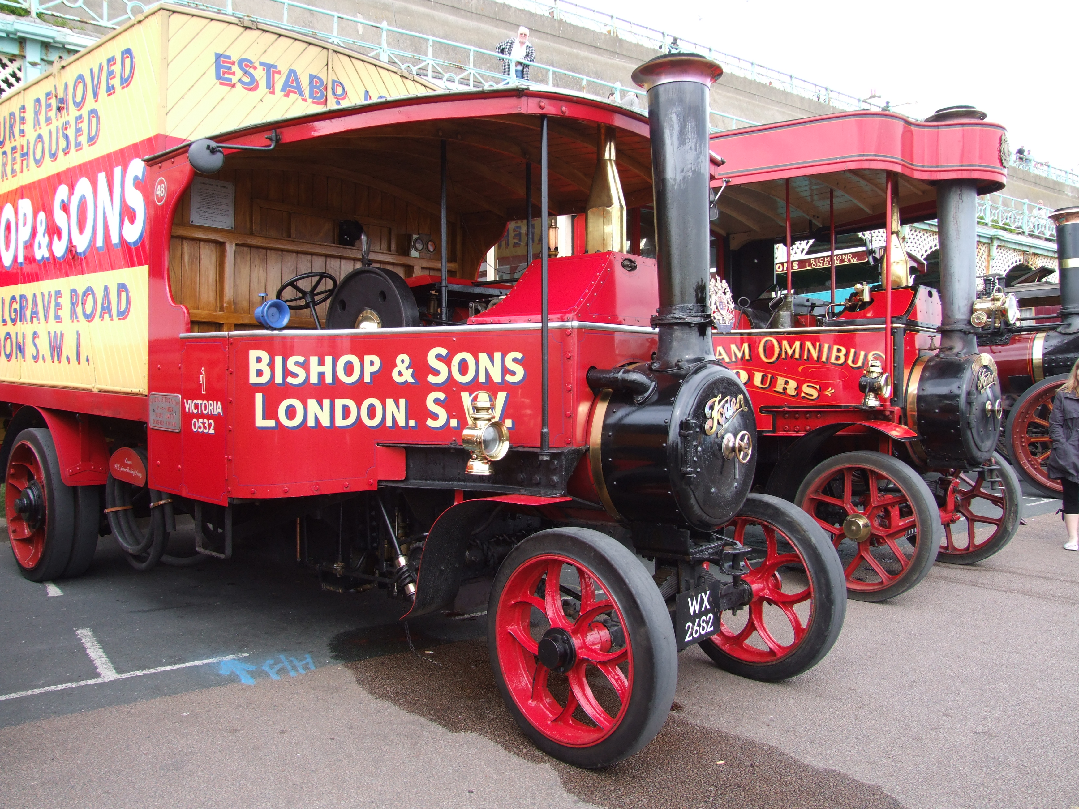 File:1929 Foden Type HH steam lorry (WX 2682) & Horsham Traction steam
