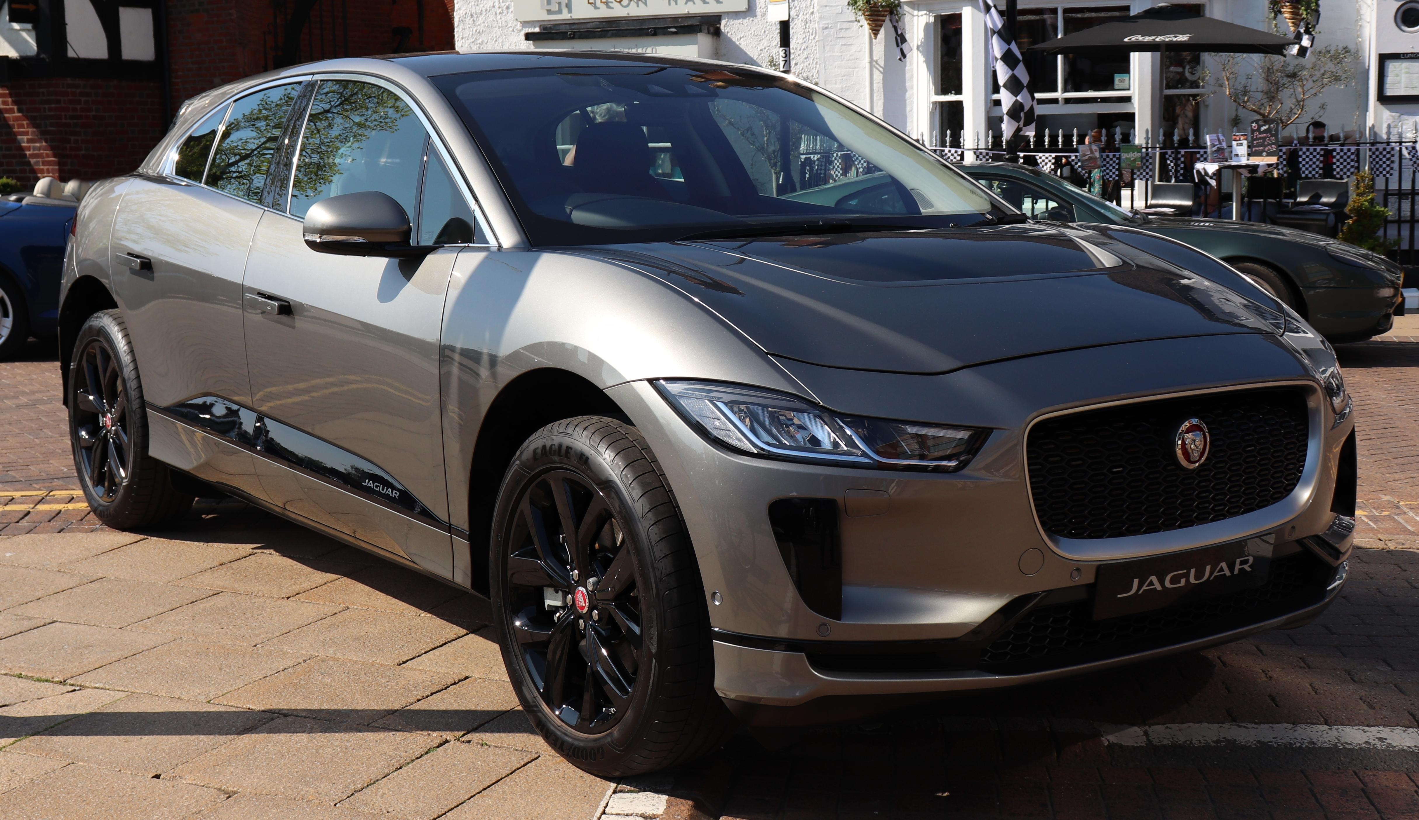 Resultado de imagen de Jaguar I-Pace 2018