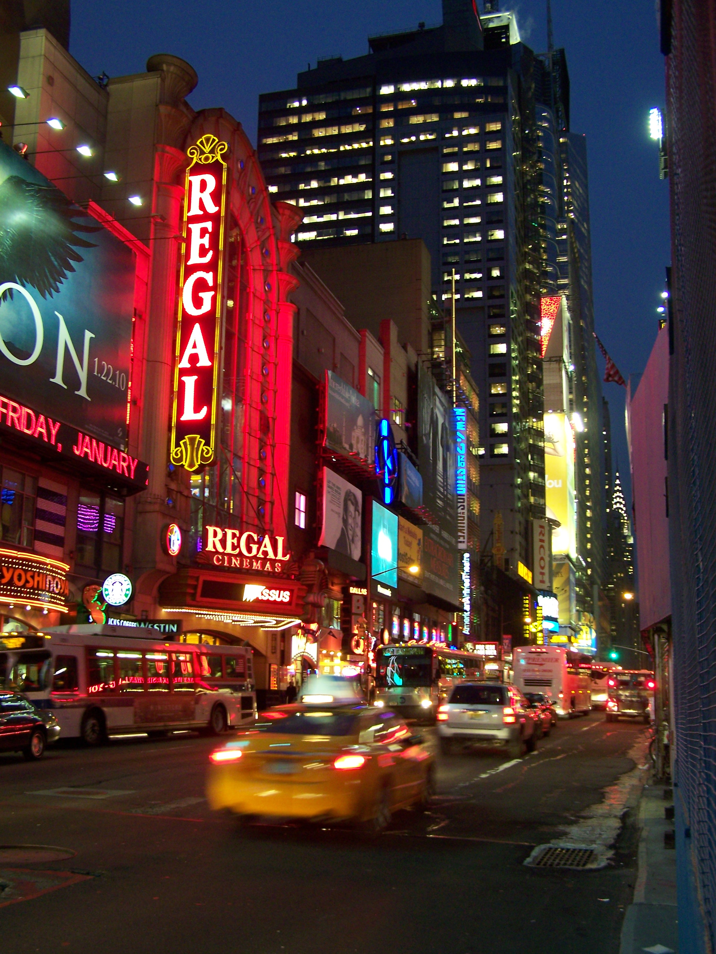 Reviews on 42nd Street Restaurants in New York, NY - West Bank Cafe, The Capital Grille, Bea, Burger & Lobster, Carmine's Italian Restaurant - Times Square, Aureole, Trattoria Casa Di Isacco, Ocean Prime, Legasea Seafood Brasserie, Dafni Greek.