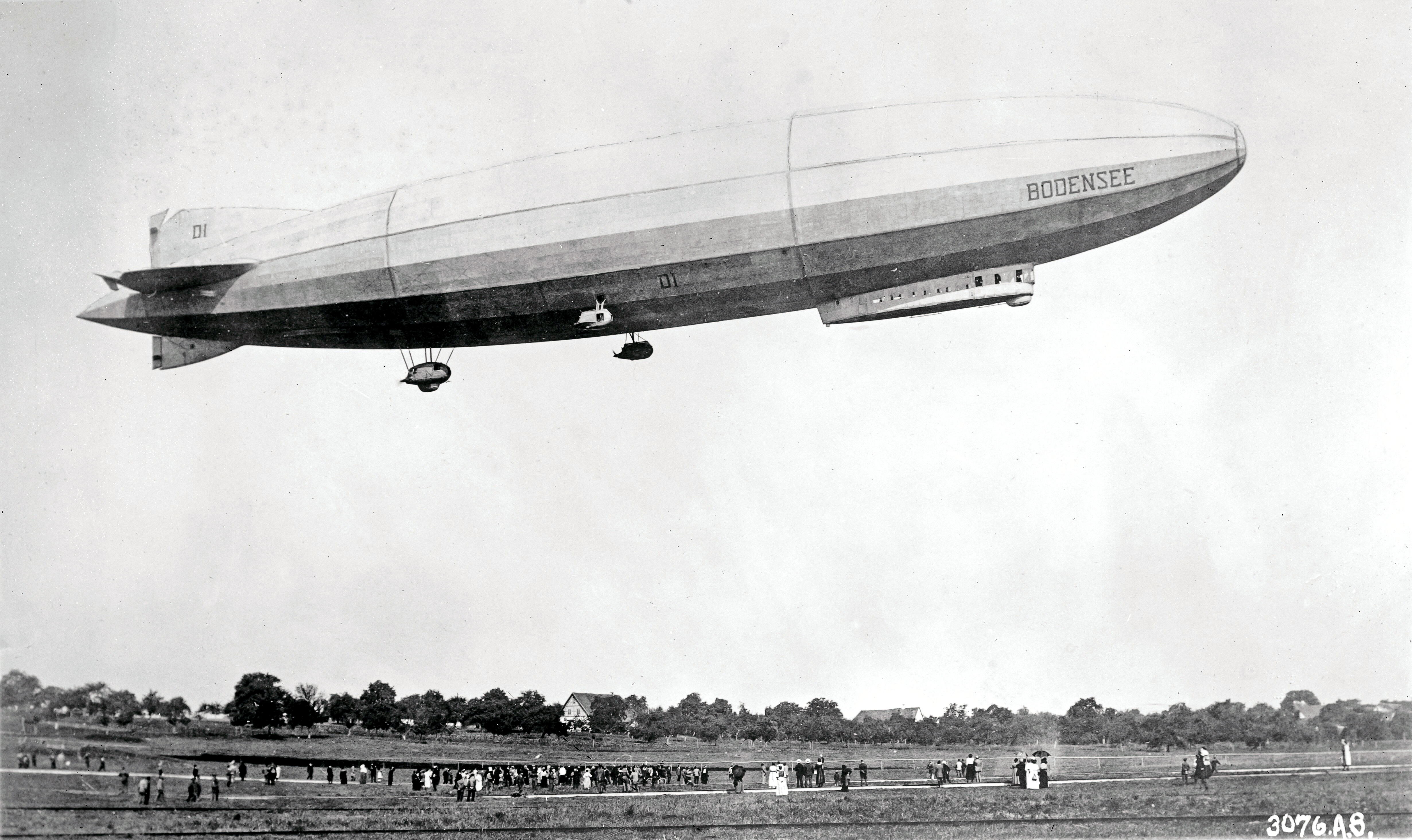 Daily Illini, 2 August 1929 — STOWAWAY FOUND ON GRAF ZEPPELIN ; ECKENER ENRAGED [ARTICLE]