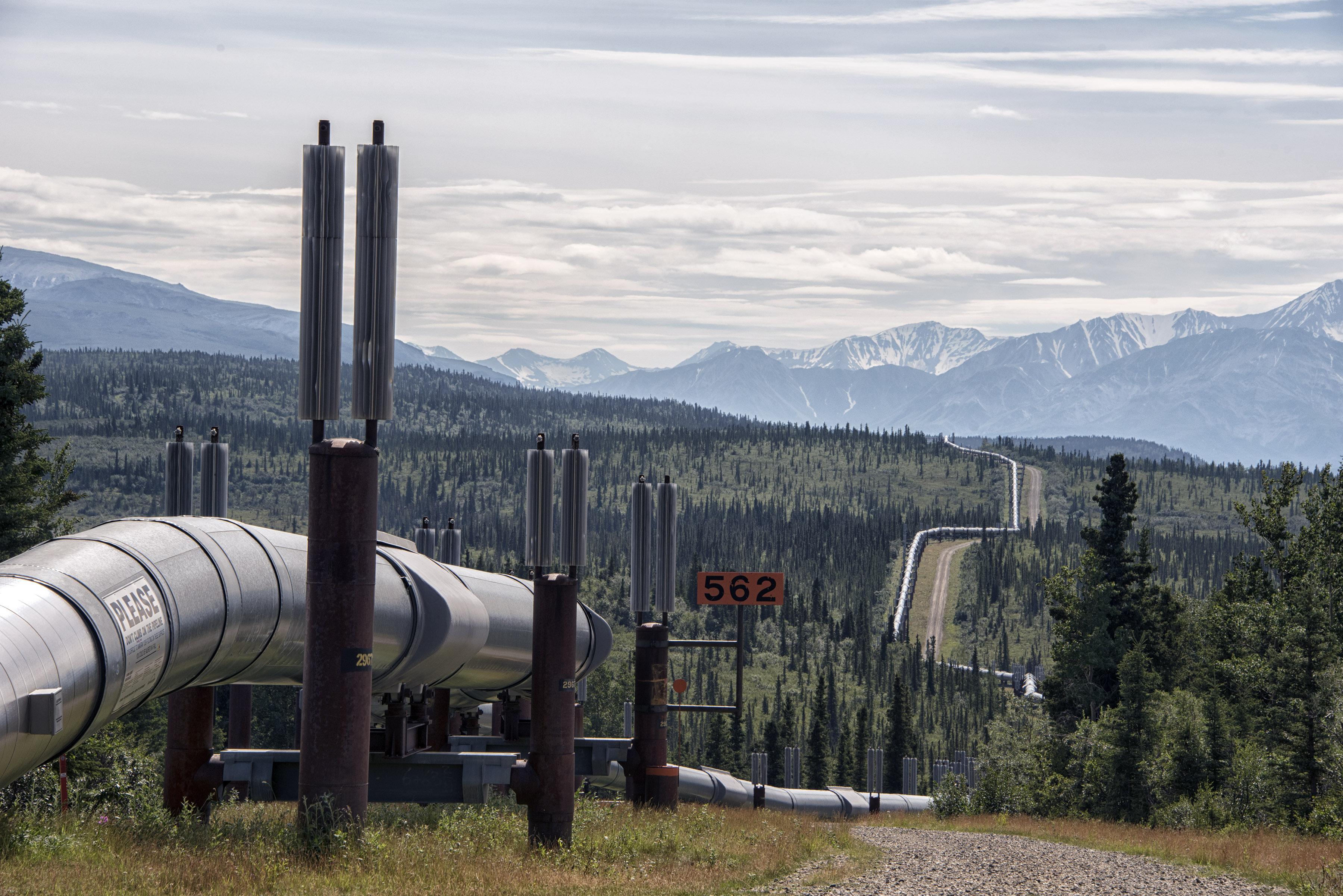 Resultado de imagen de oil pipeline