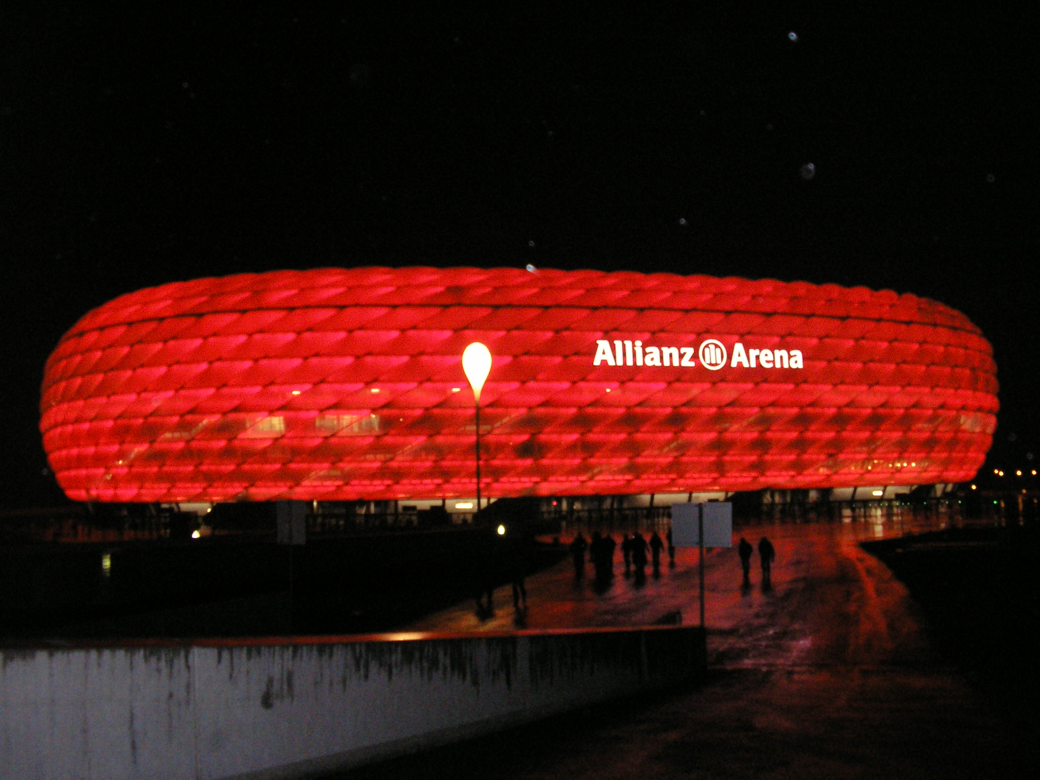 file allianz arena wikimedia commons. Black Bedroom Furniture Sets. Home Design Ideas
