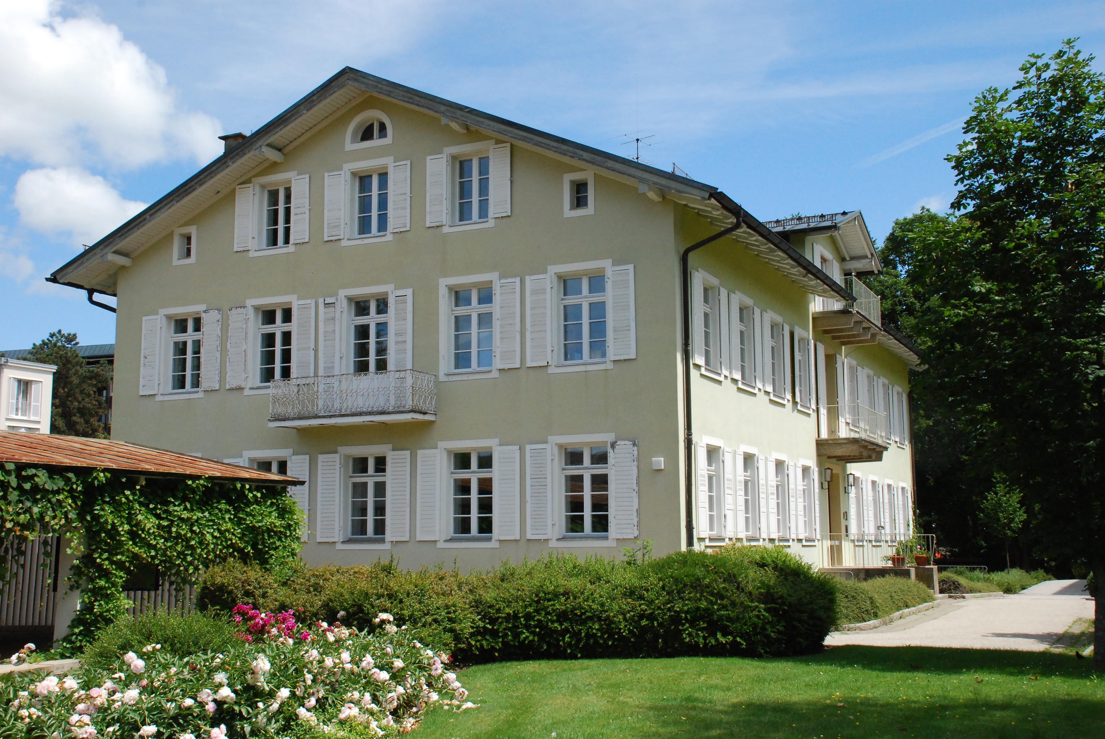 Bad T Ef Bf Bdlz Villa