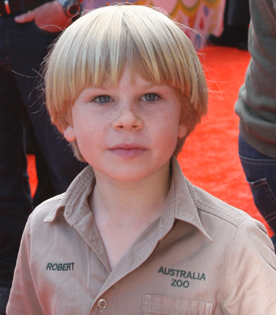 how old is bindi irwin