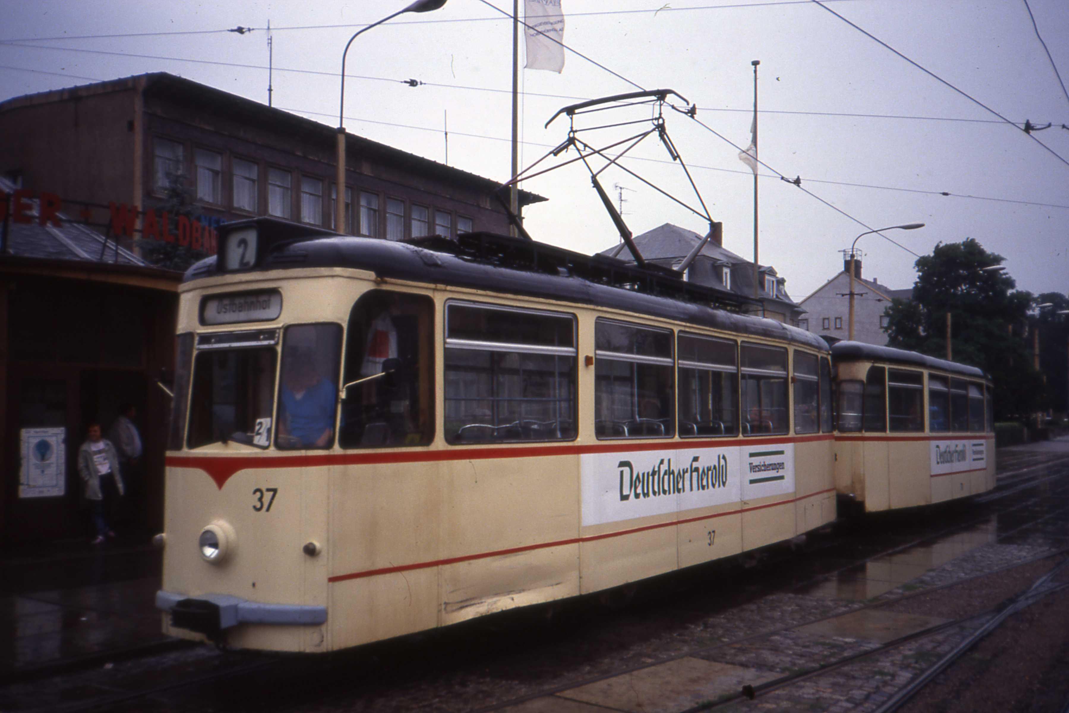 CKD - Gotha T2D tram nr 37 with Beiwagen, Gotha Hauptbahnhof, Linie 2 Aug 1991 - Flickr - sludgegulper.jpg