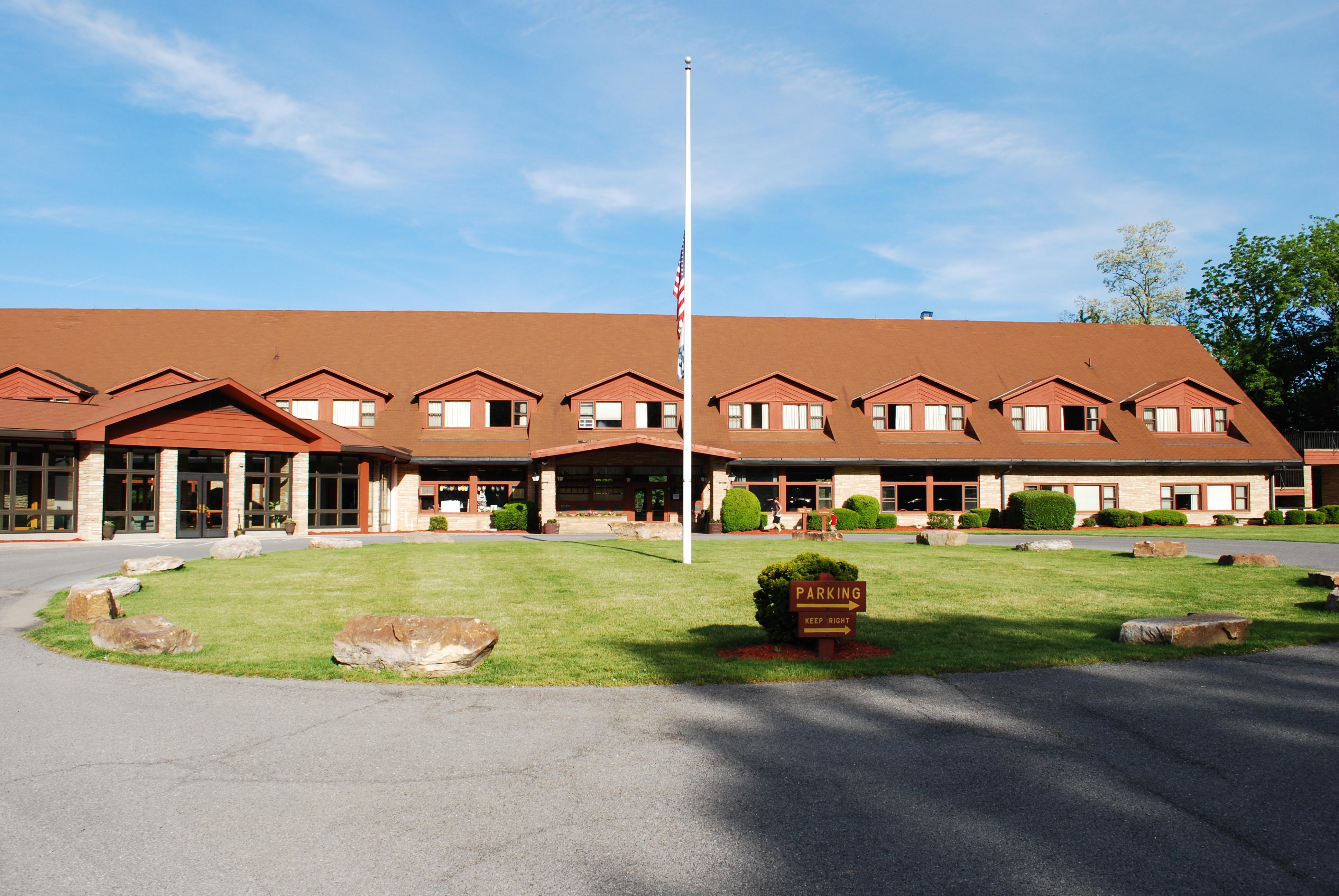 File Cacapon Resort State Park Lodge Jpg