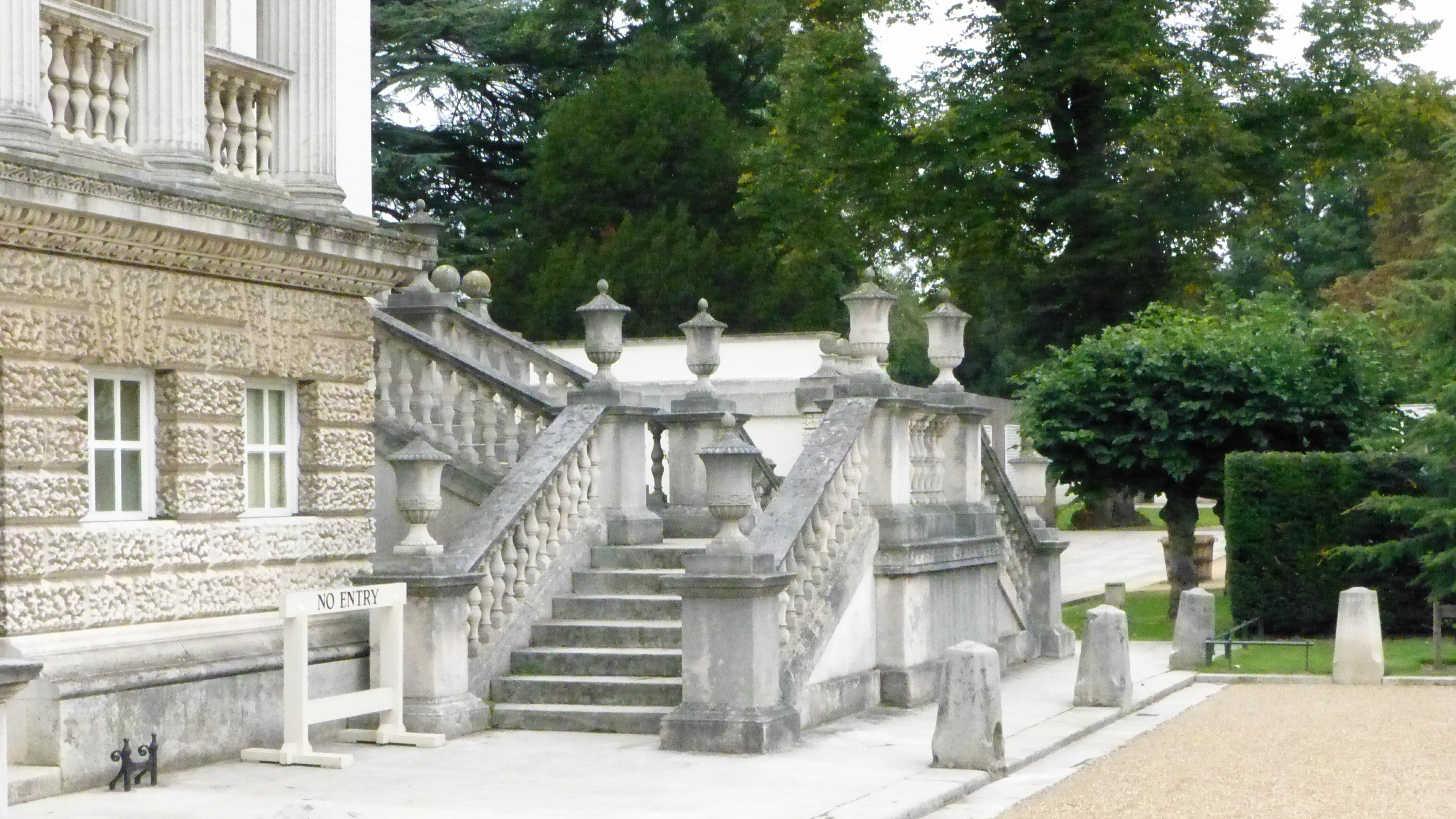 File Chiswick House Entrance Steps 651r Jpg