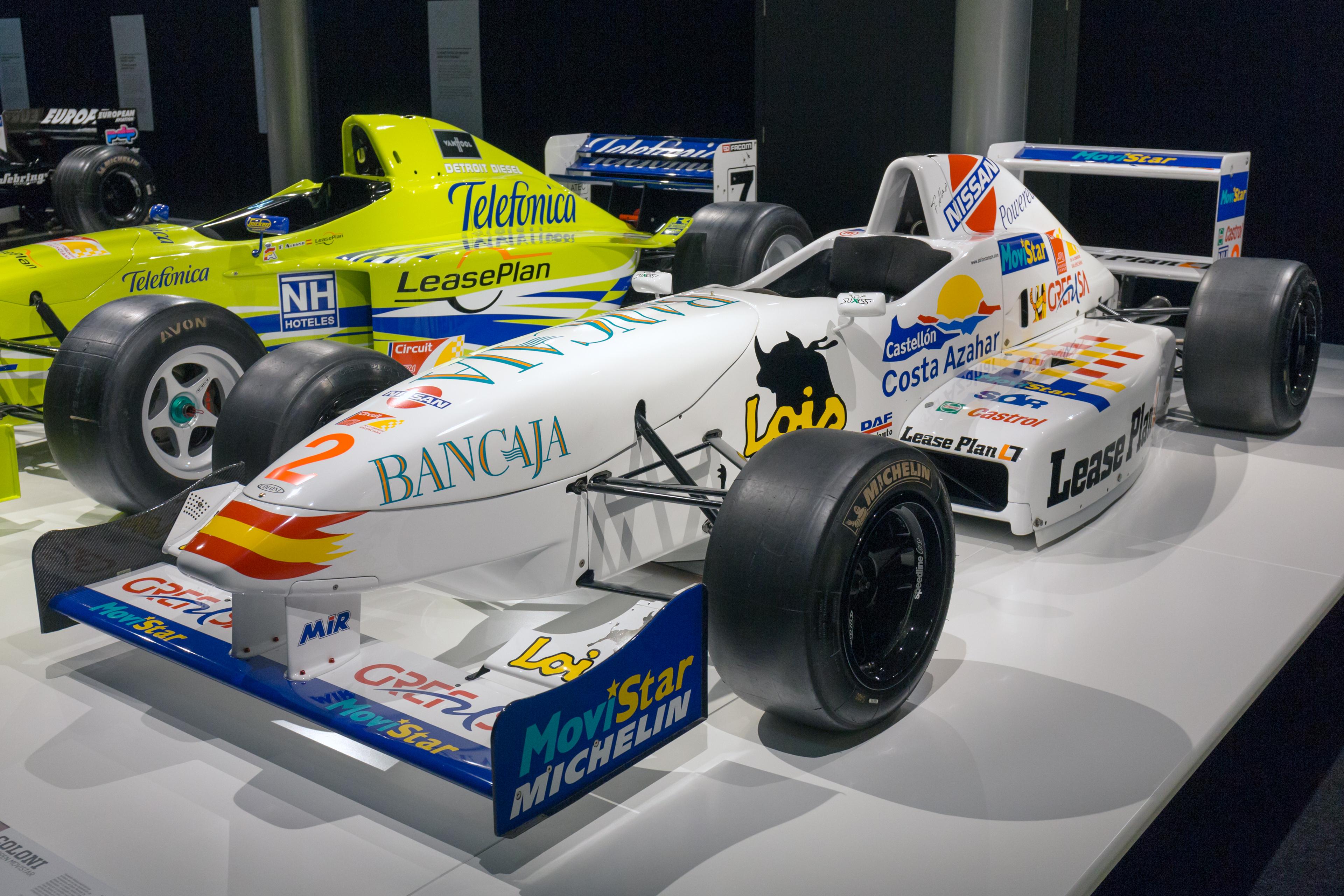 Museo Y Circuito Fernando Alonso : Museo circuito fernando alonso casco stoffel vandoorme flickr