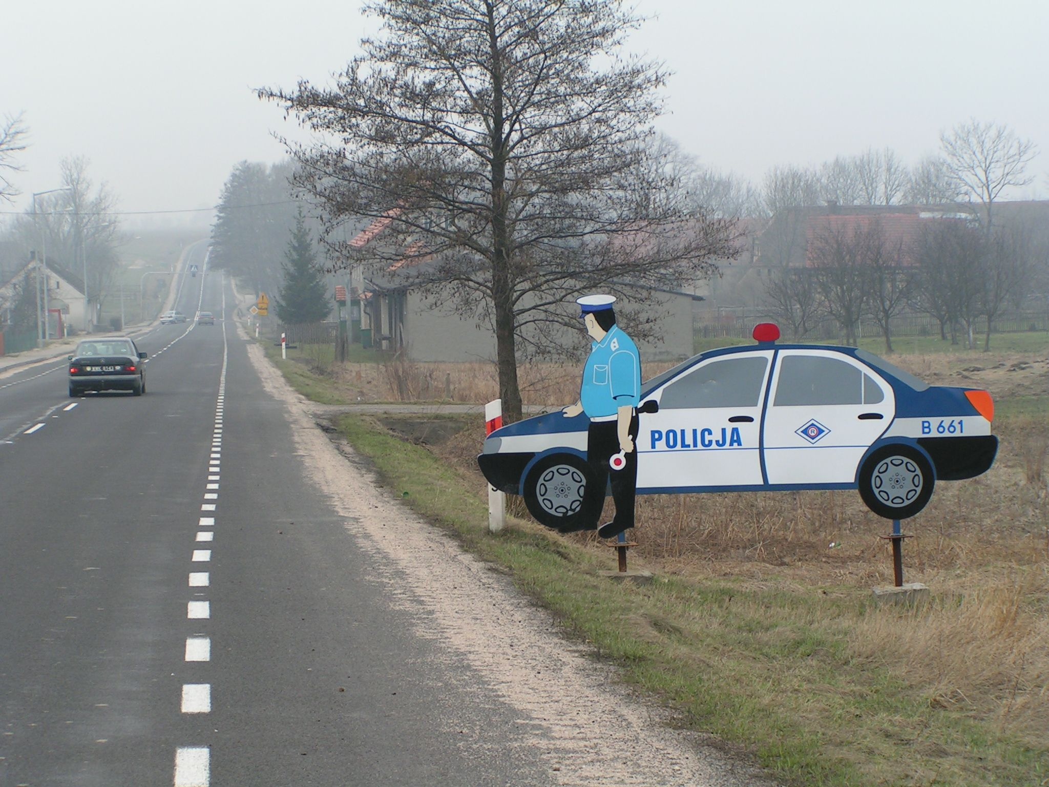 File:Dummy of a police car.jpg - Wikimedia Commons