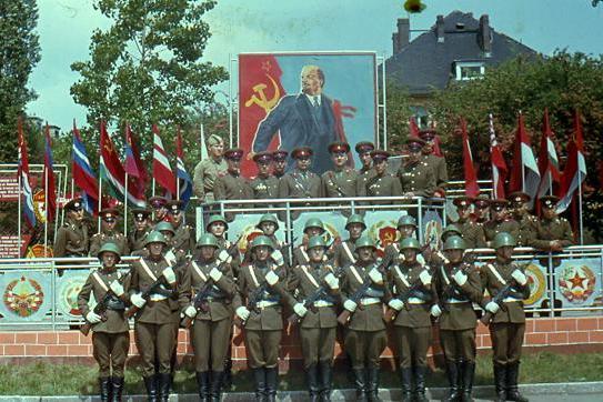 Файл:Grimma. Разведчики 67-го гвардейского мотострелкового полка. 1970..jpg
