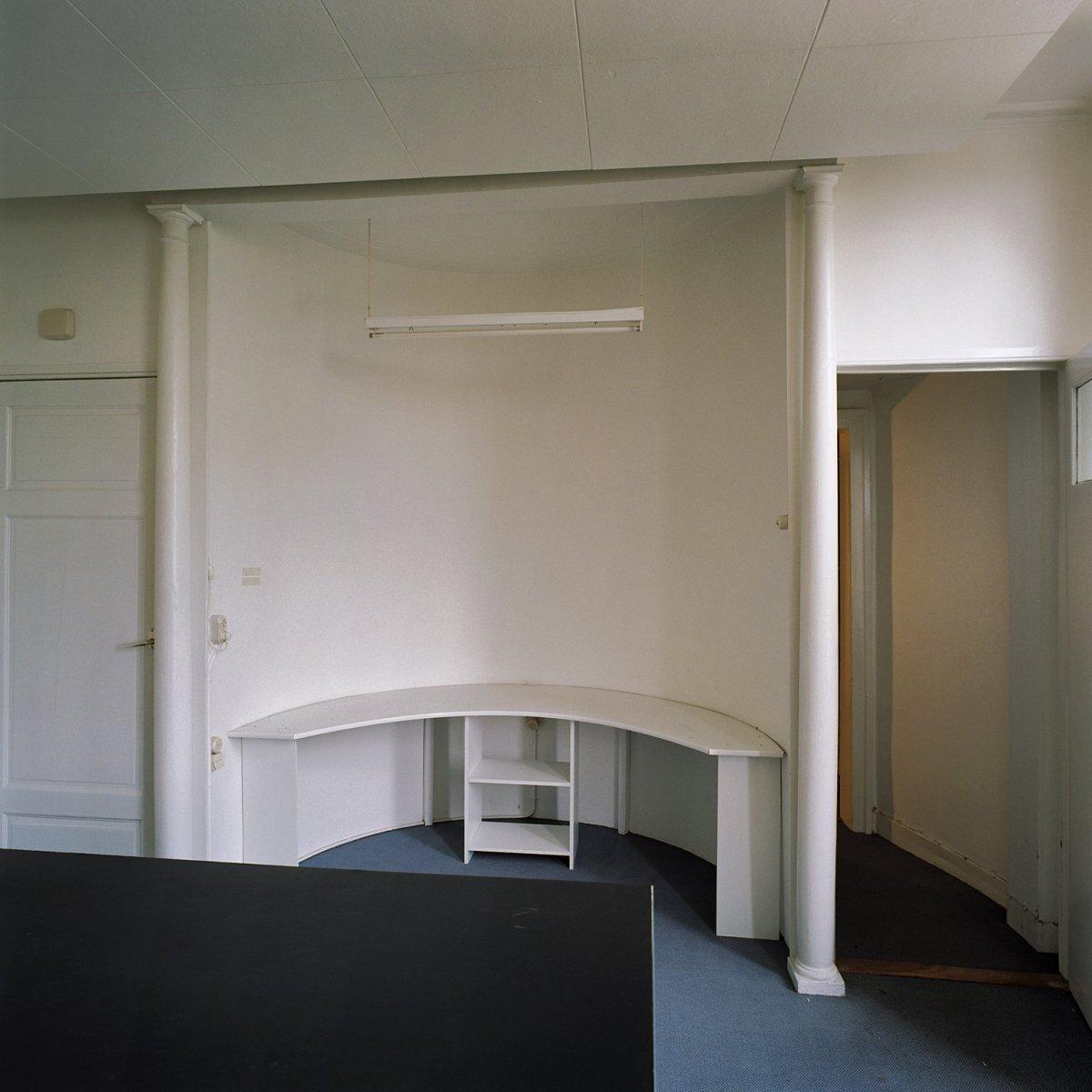 File interieur kamer eerste verdieping linksachter for Kamer interieur
