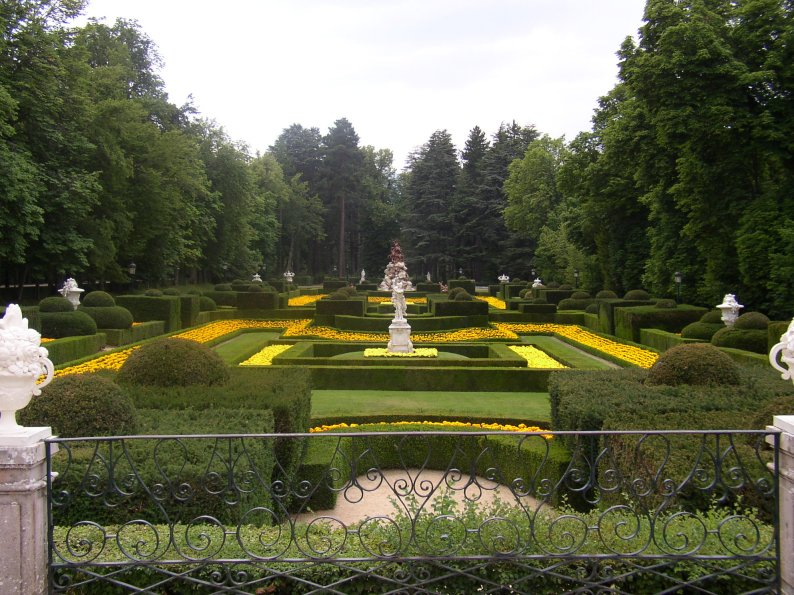 Ficheiro:Jardines La Granja22-7-2003.JPG