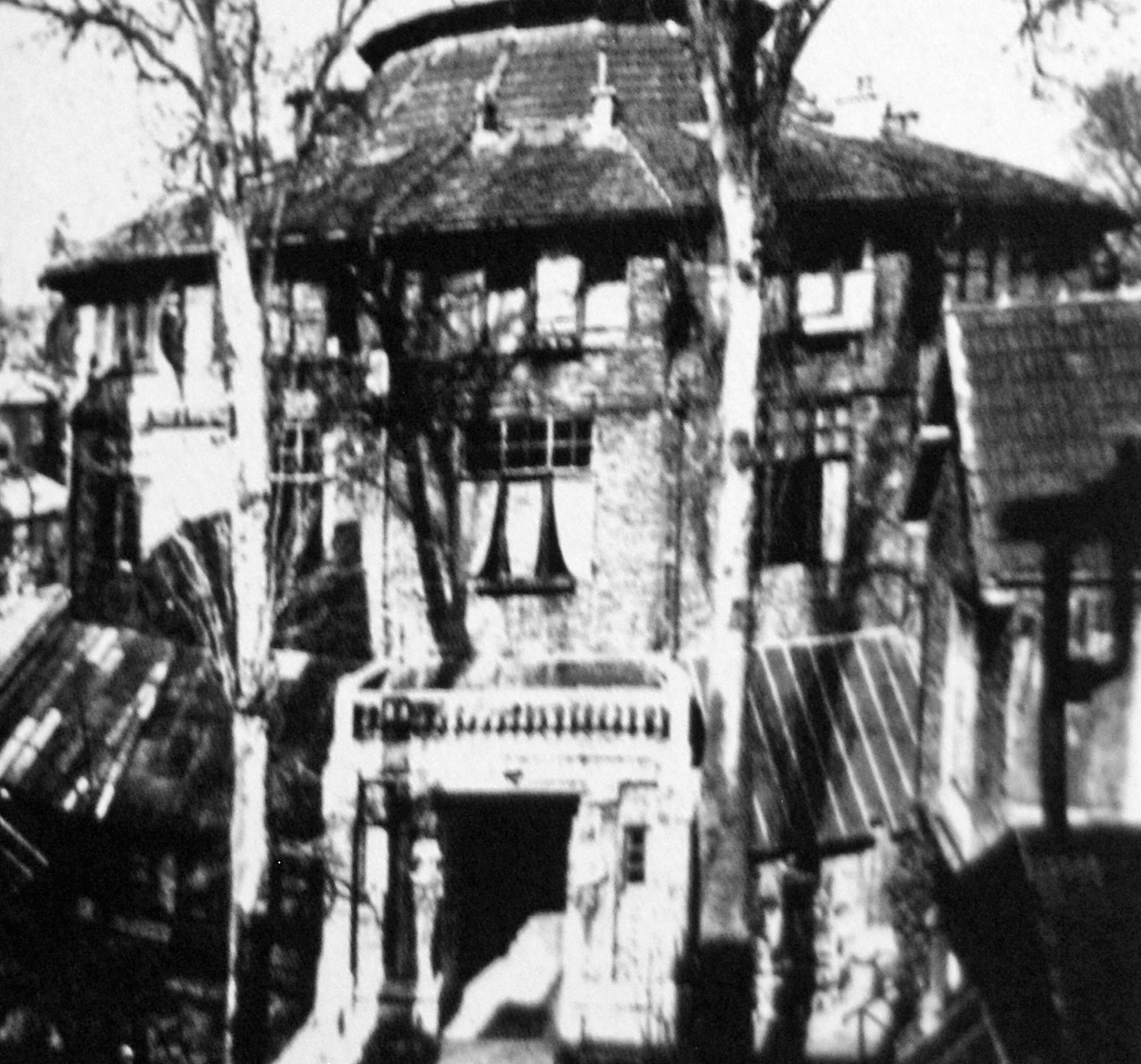 file la ruche 2 montparnasse paris 1918 amedeo modigliani. Black Bedroom Furniture Sets. Home Design Ideas