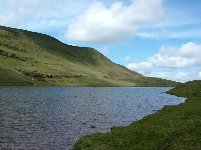Llyn y Fan Fawr and Fan Foel - geograph.org.uk - 148337