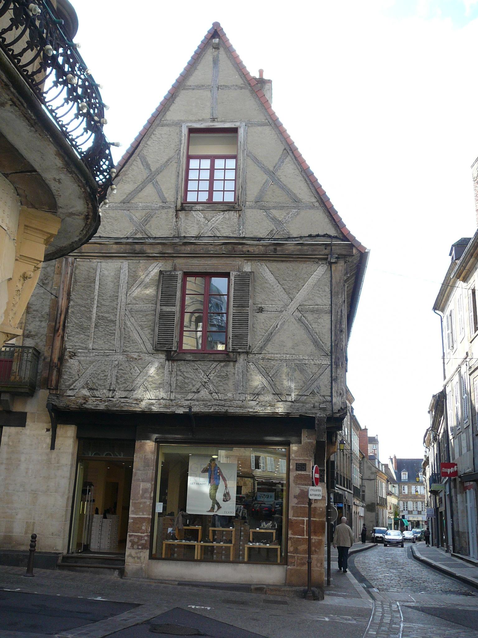 file maison de jeanne d arc moulins jpg wikimedia commons
